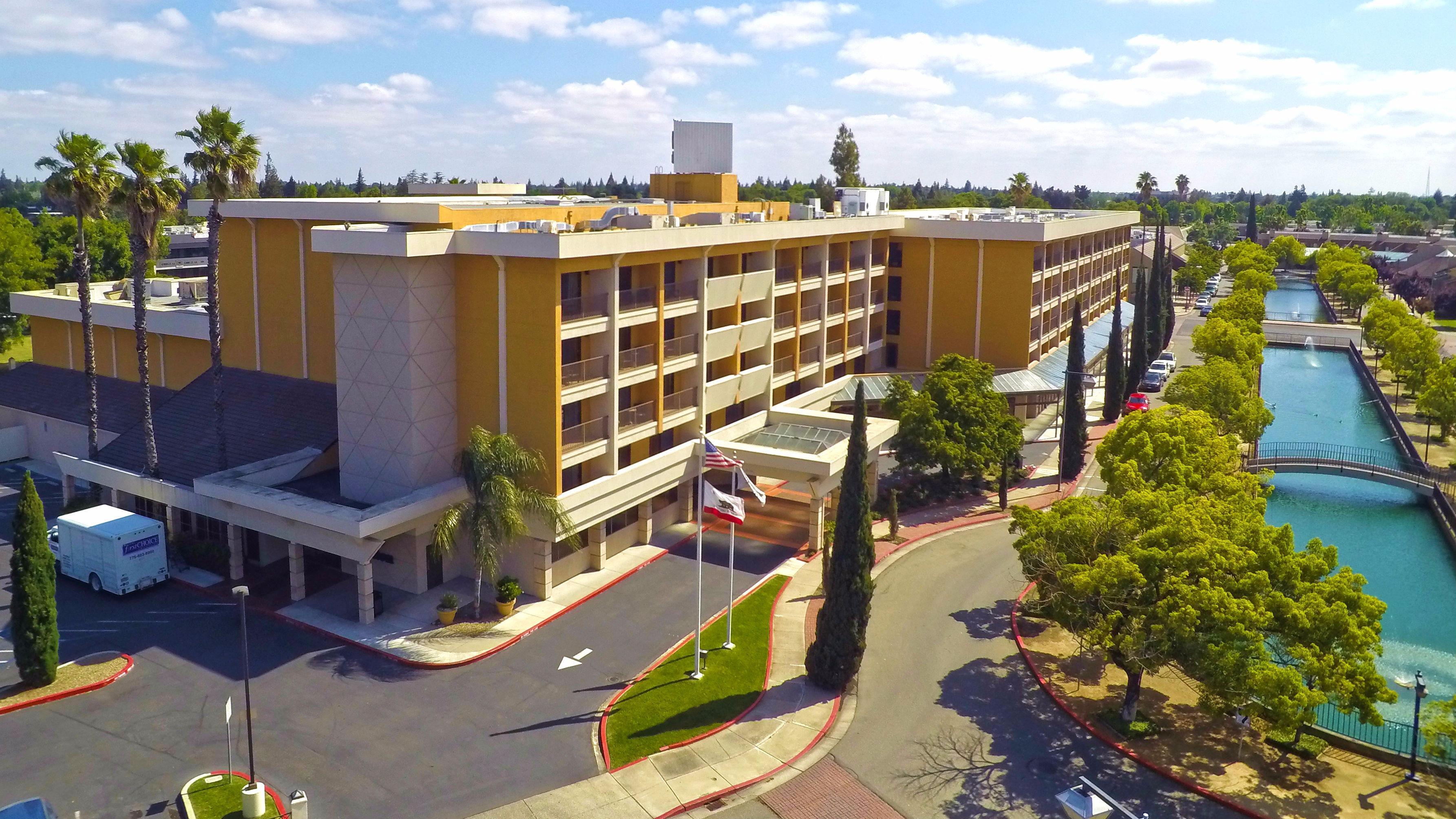 Hotel deals stockton ca