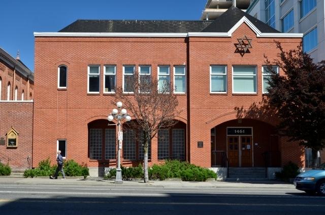 Rob Tournour Masonry Ltd in Victoria