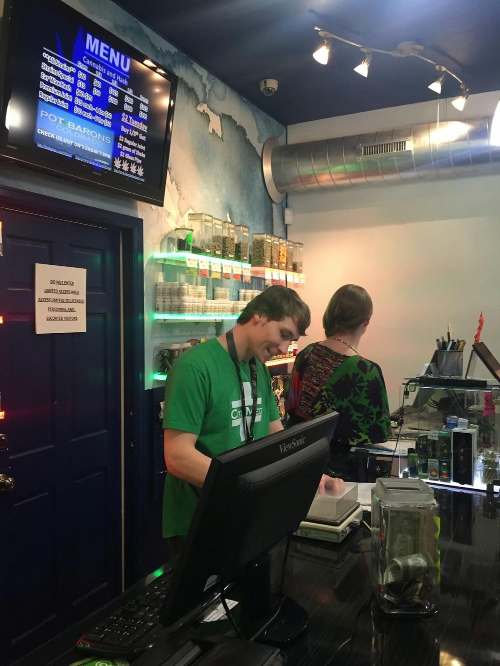 Star Buds DU Recreational Dispensary at E Evans Ave