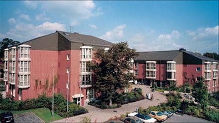 bayerisches rotes kreuz kreisverband f rth altenpflegeheim grete schickedanz pflegeheime in. Black Bedroom Furniture Sets. Home Design Ideas