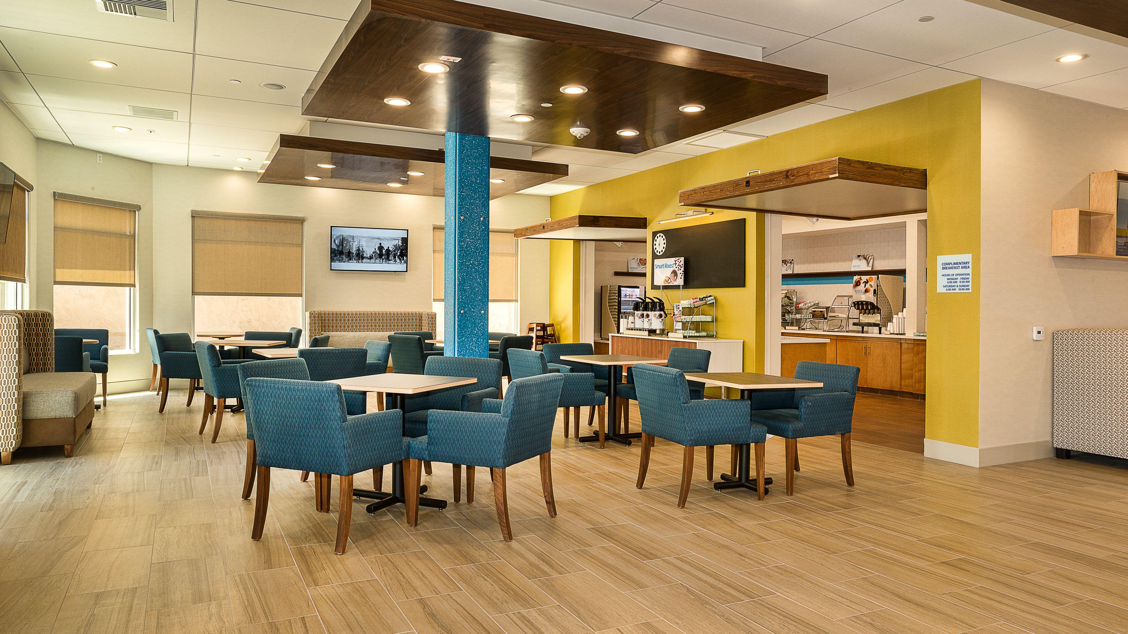 hotels motels in fullerton ca fullerton california. Black Bedroom Furniture Sets. Home Design Ideas