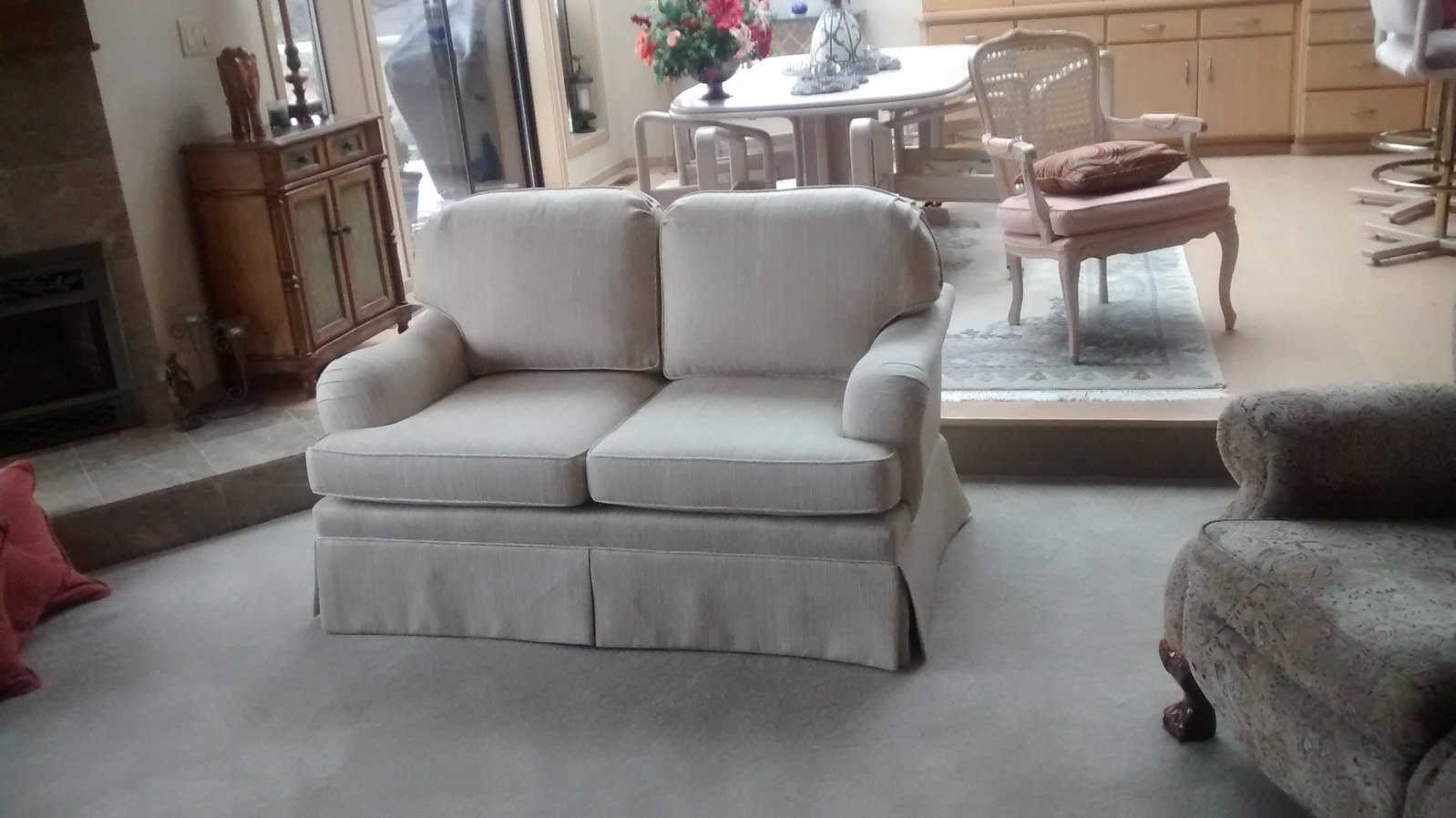 Designer 39 s choice upholstery in everett wa 98204 for Furniture in everett wa