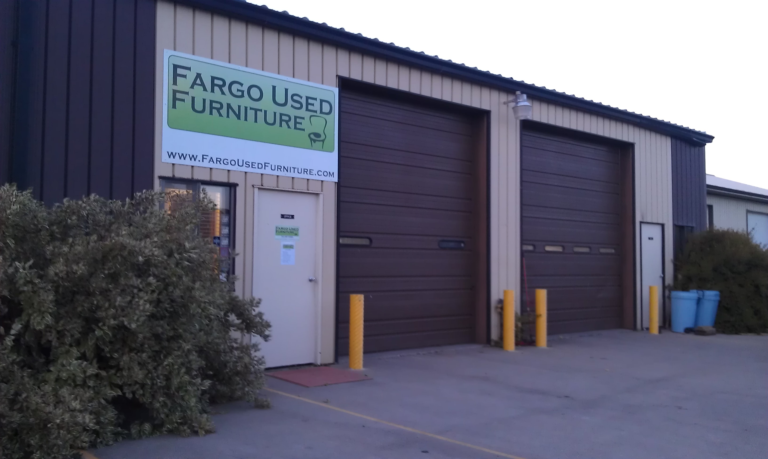 Fargo Used Furniture 2720 15th St S Fargo Nd Vintage Clothing Stores Mapquest
