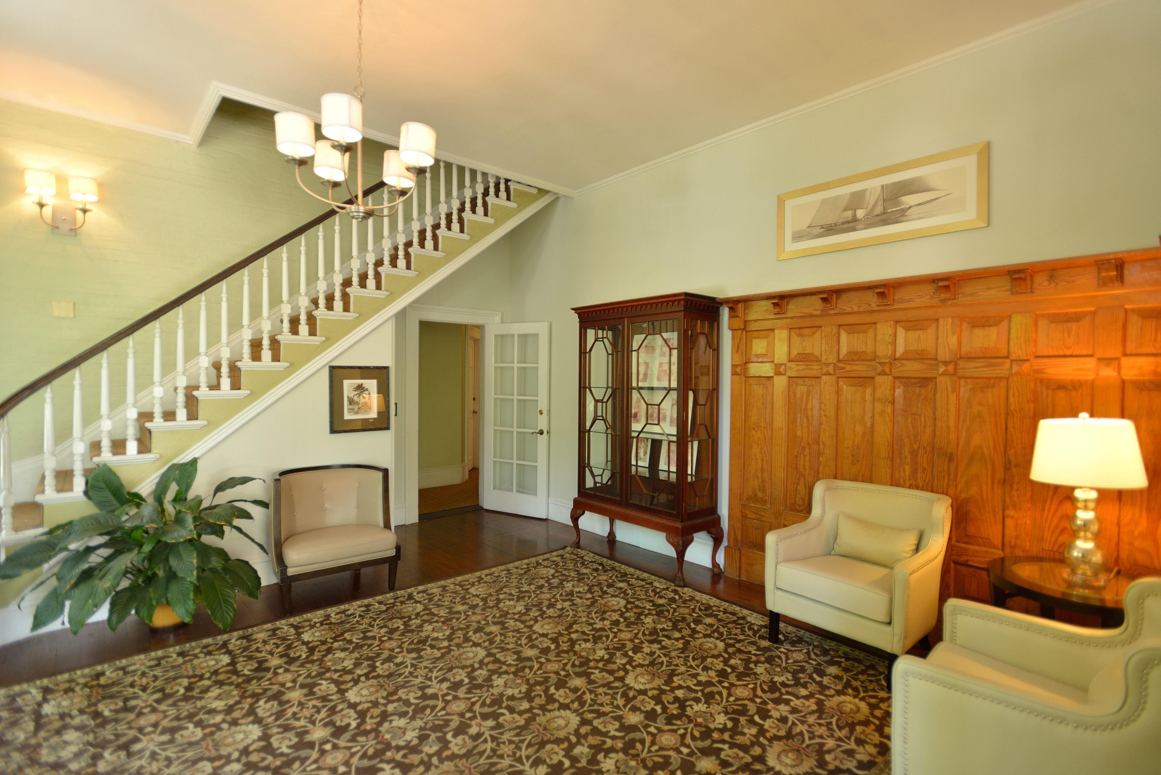 Foyer House Hotel : Chelsea house hotel in key west florida fl