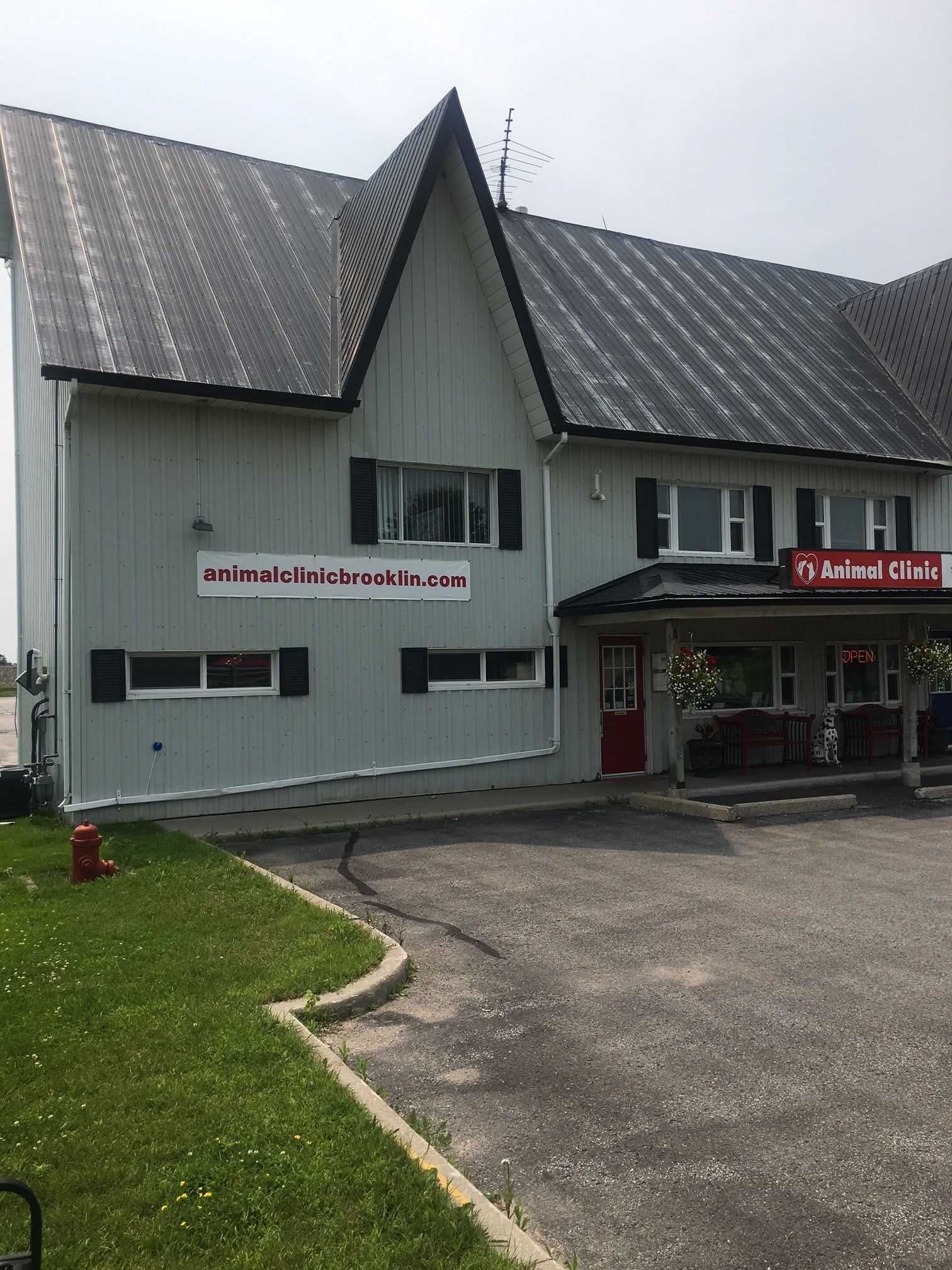Animal Clinic Of Brooklin in Whitby
