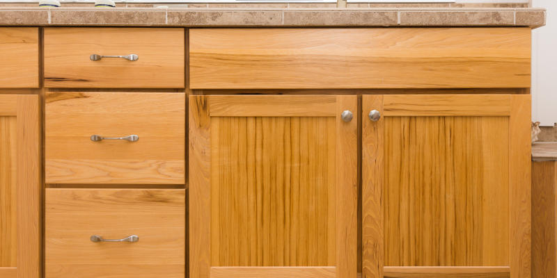 We are a cabinet builder who puts quality above everything else.