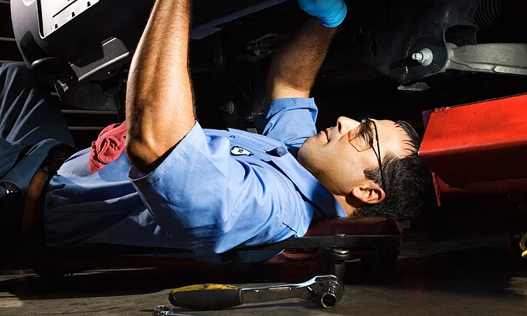 For more than five years, your number one destination for the finest in auto and truck repairs has b La Jolla Mobile Auto & Truck Repair San Diego (951)216-8074
