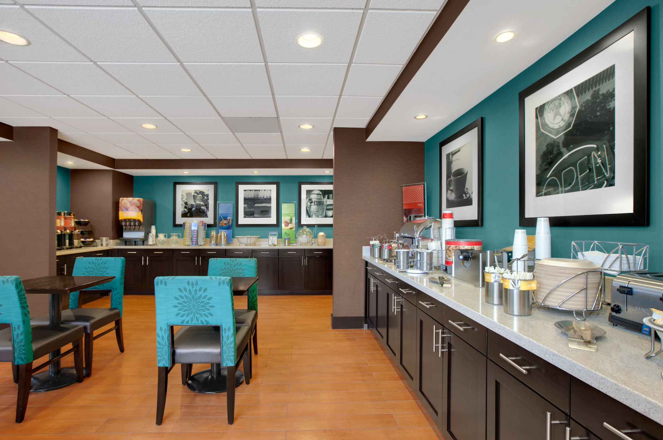 Hampton inn chicago midway airport reviews 6540 s for Hotels near chicago midway