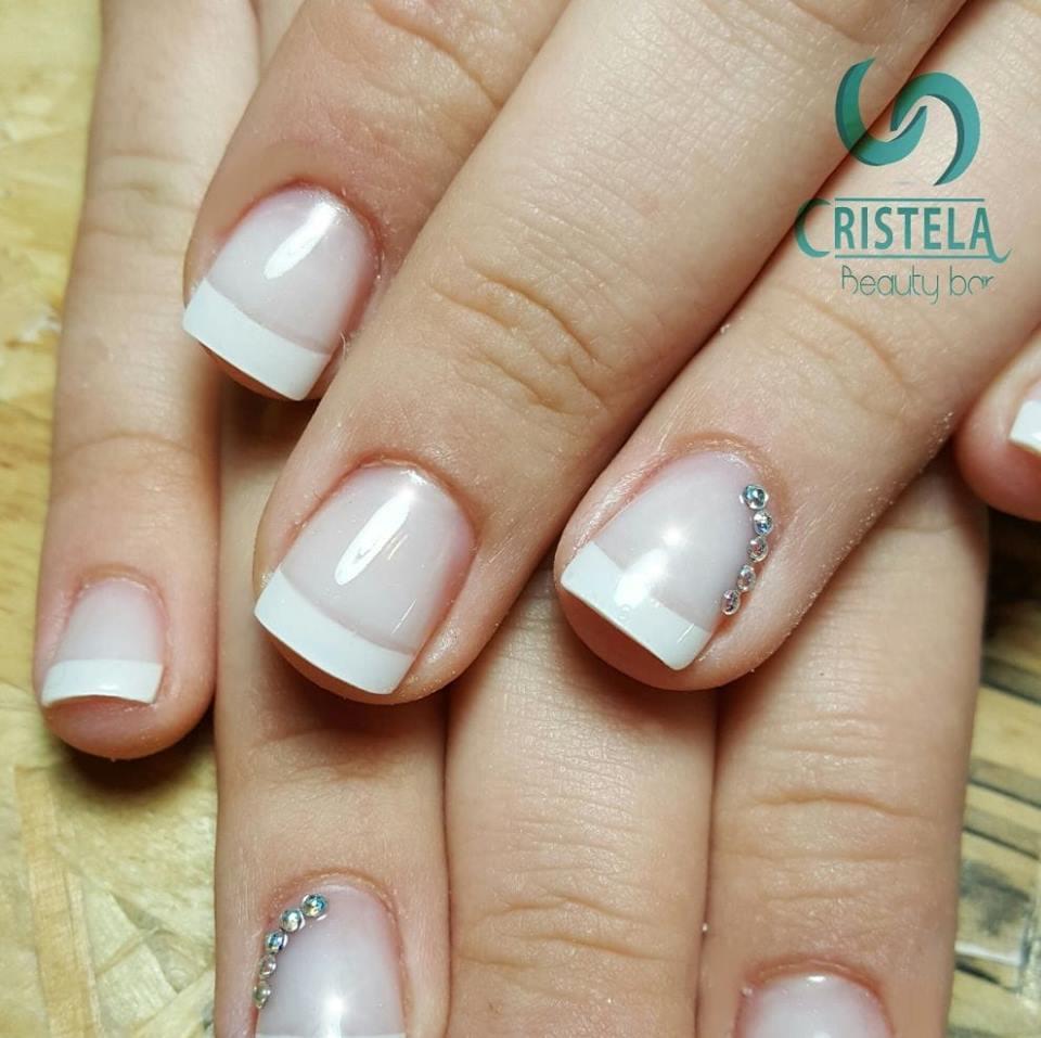 Cristela - Beauty Bar