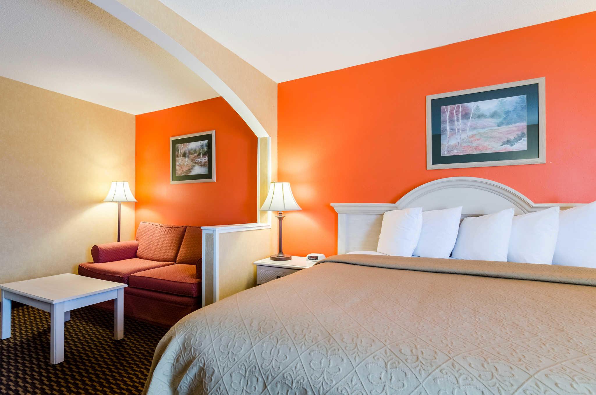 Hotels Manhattan Kansas Area