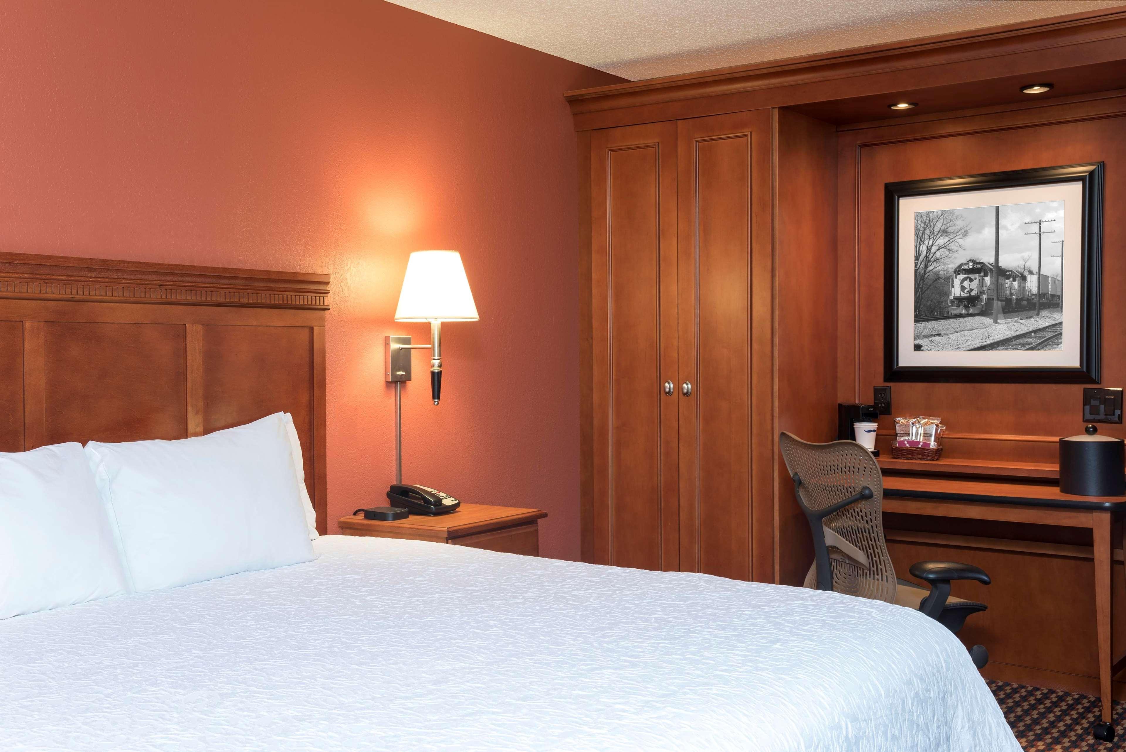 Hotels Near G Yw
