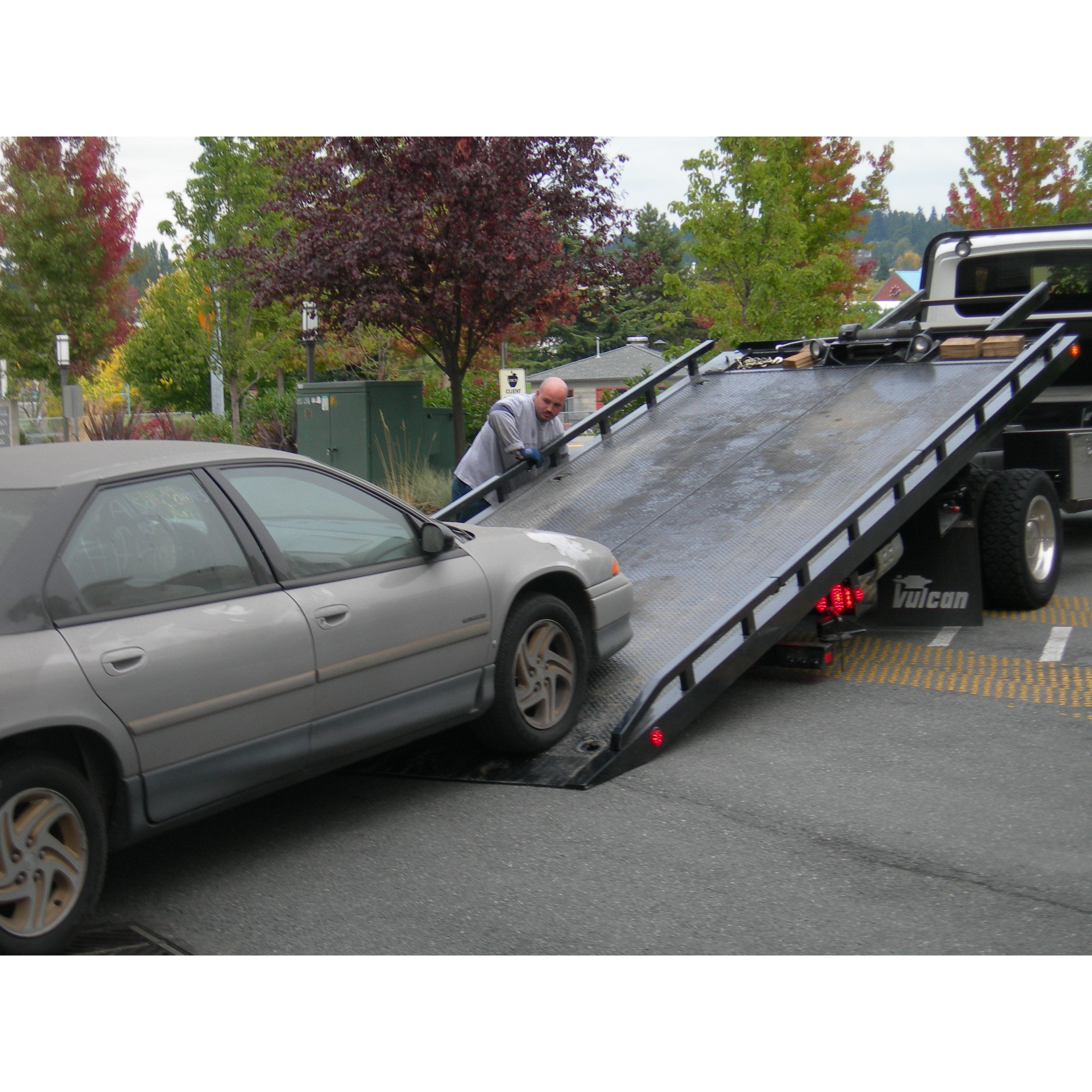 Acme Towing Inc