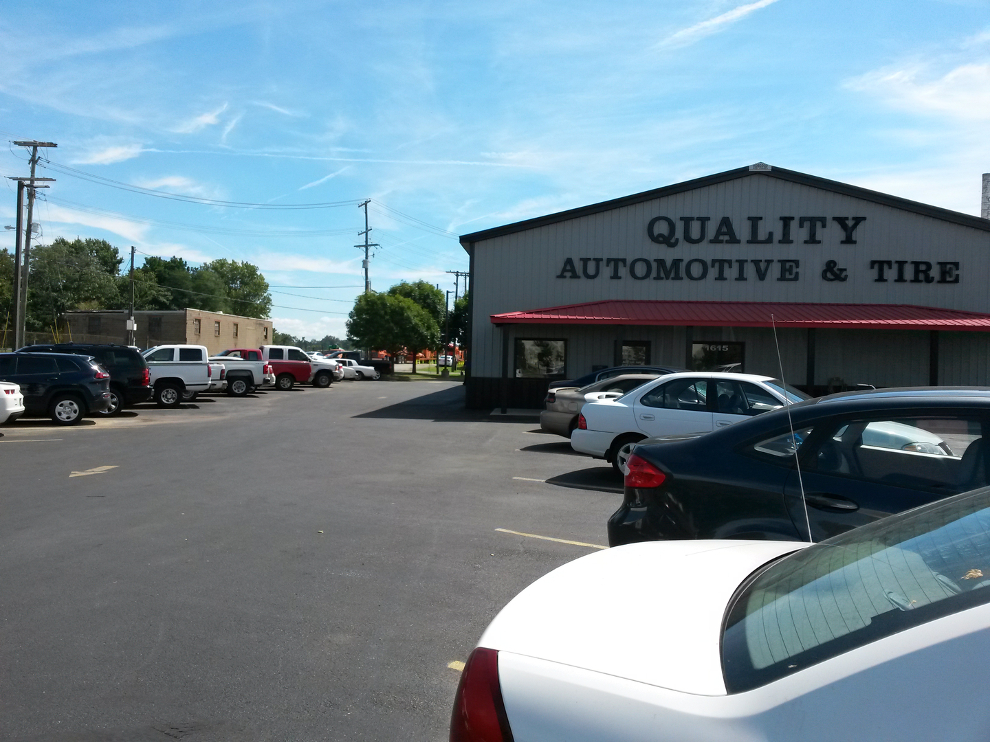 Quality automotive tire evansville indiana in for Select motors evansville in