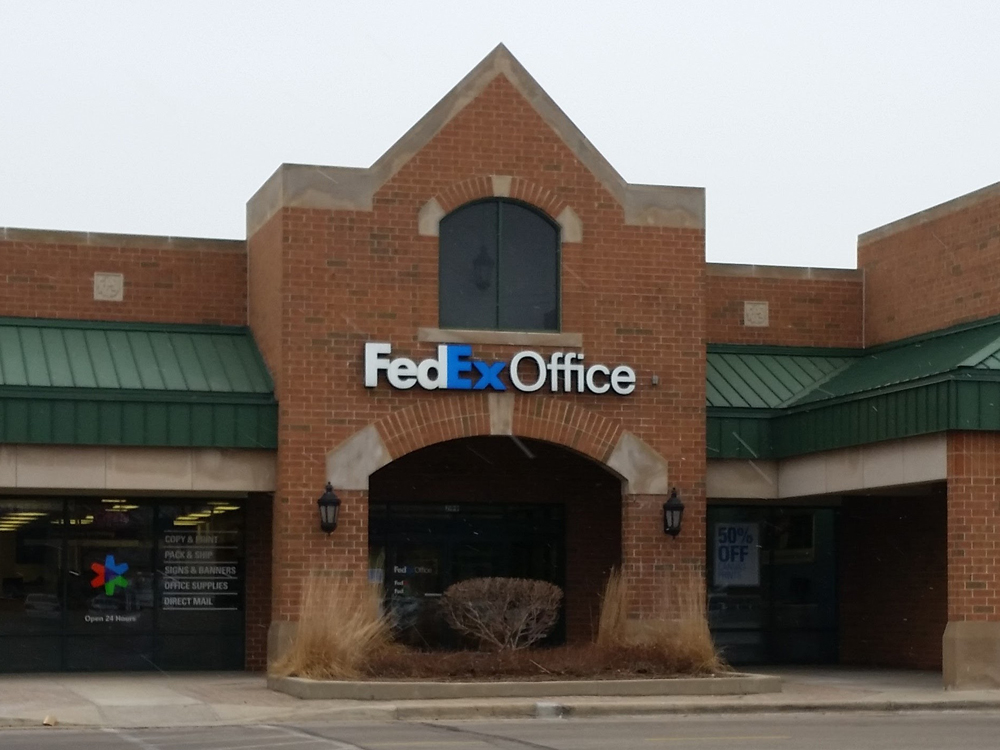 Fedex office print ship center coupons northbrook il for Office design northbrook il