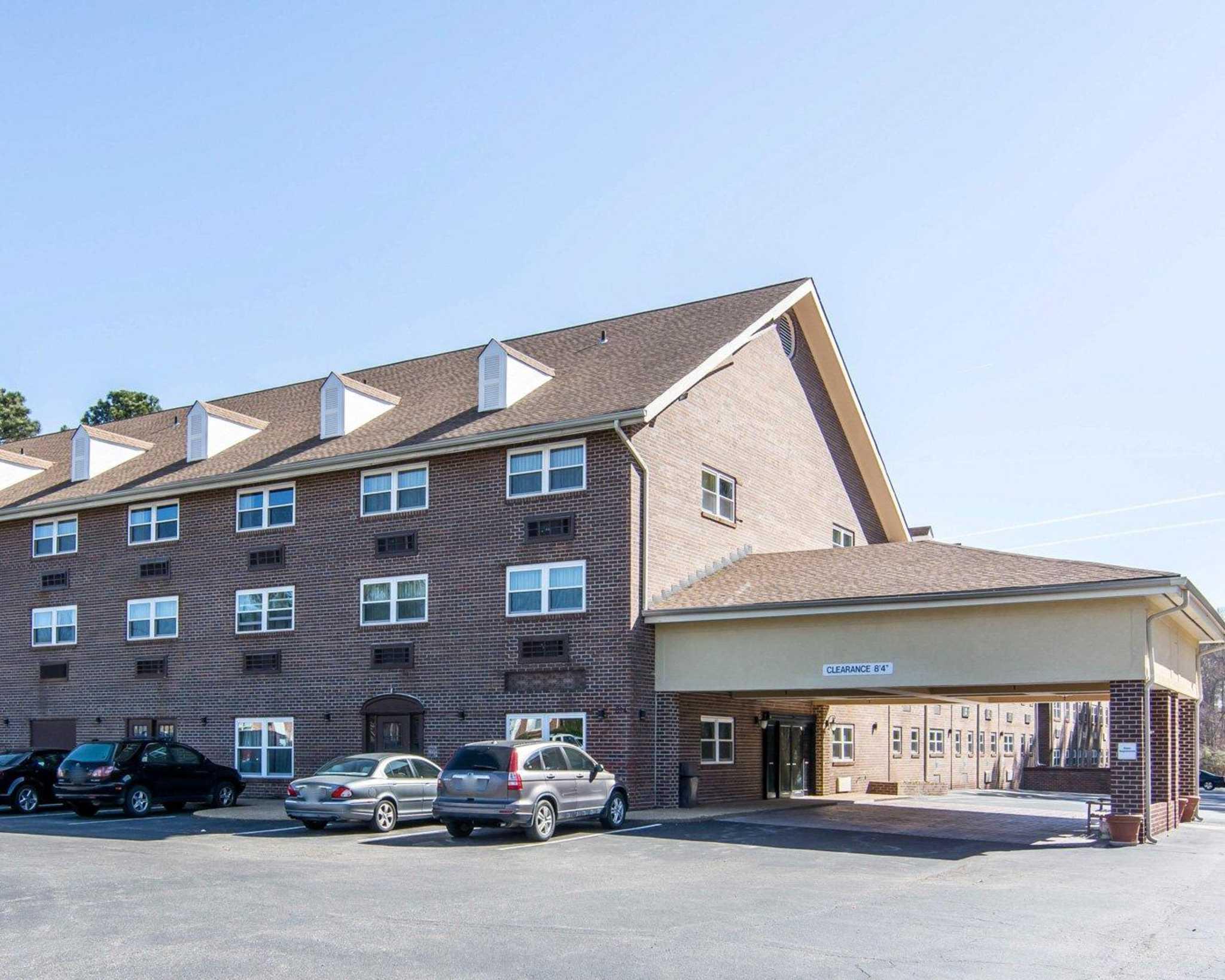 MainStay Suites in Williamsburg, VA 23185 ... Williamsburg Virginia Chamber Of Commerce Photos