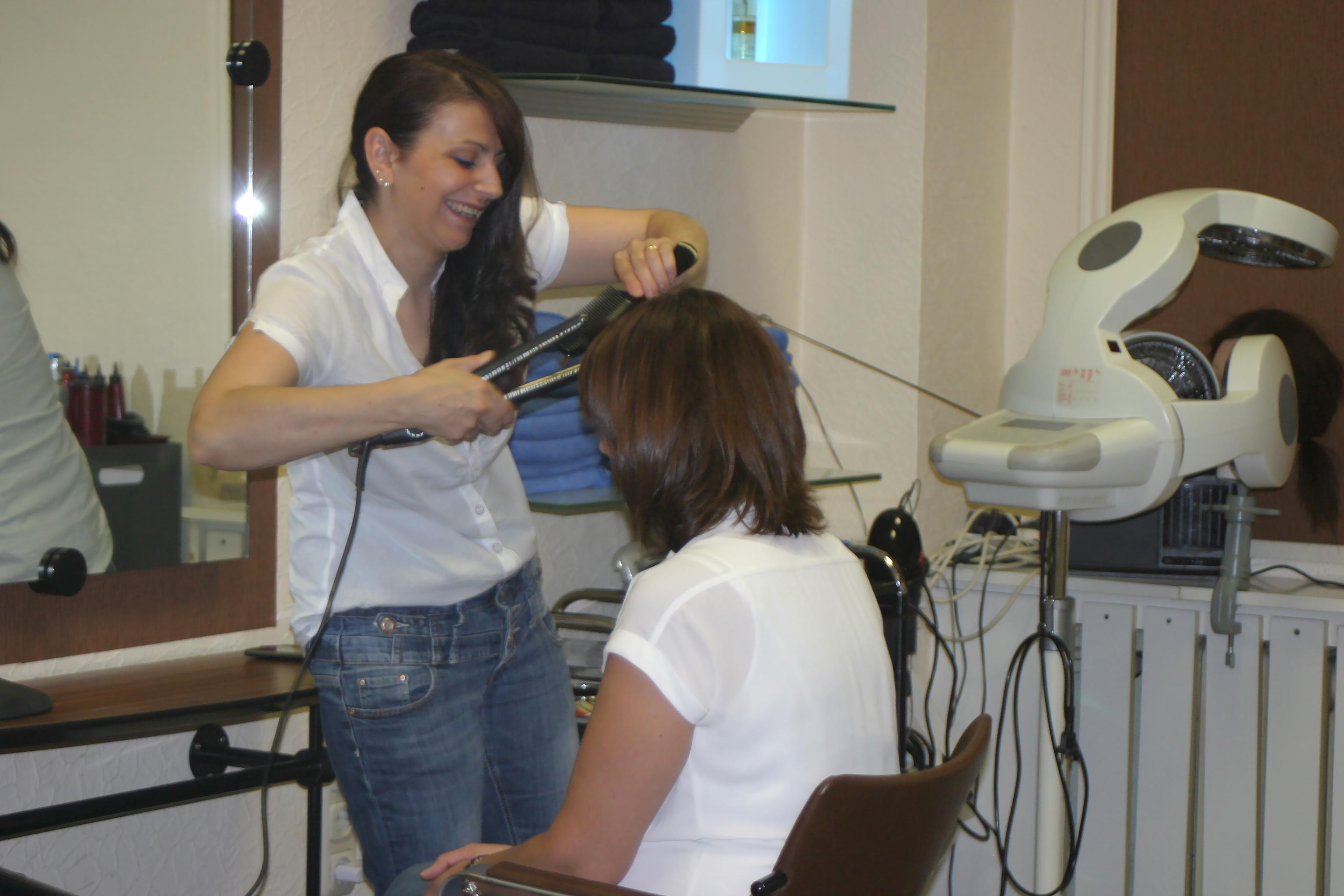 Friseur bel hair fris re grevenbroich deutschland for Salon bel hair