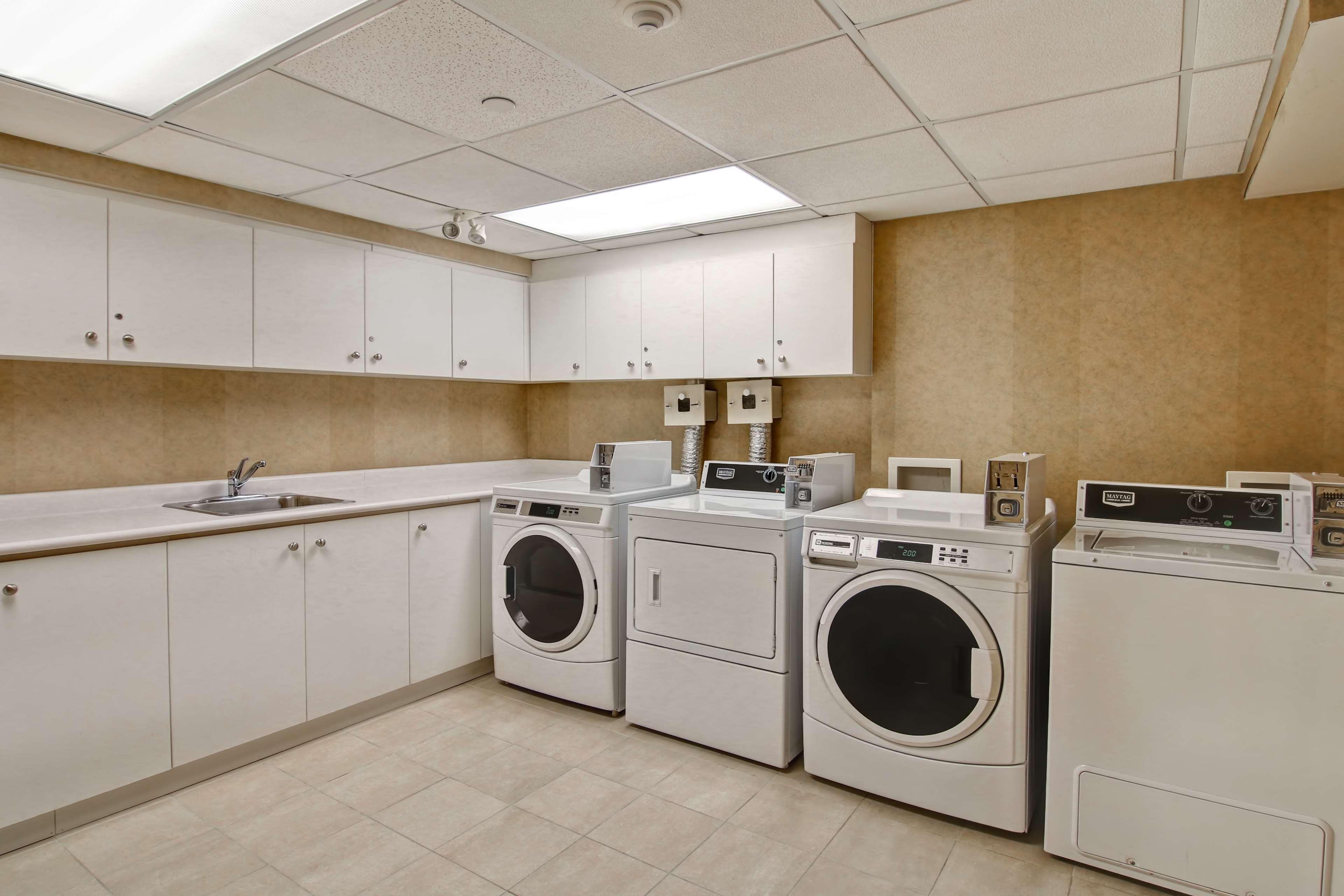 Homewood Suites by Hilton Burlington in Burlington: Property amenity