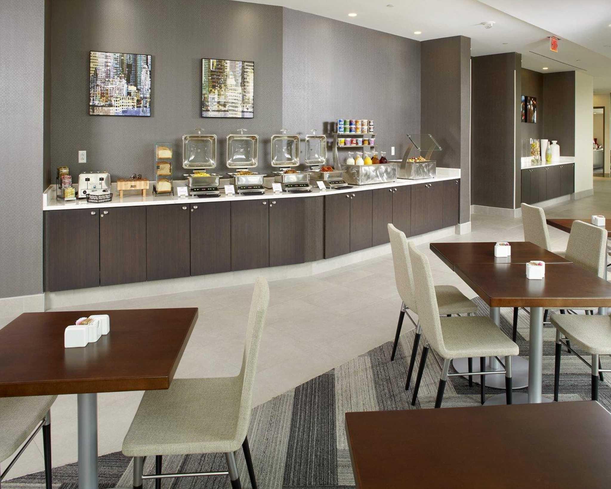 Restaurants Near Embassy Suites Washington Dc Convention Center