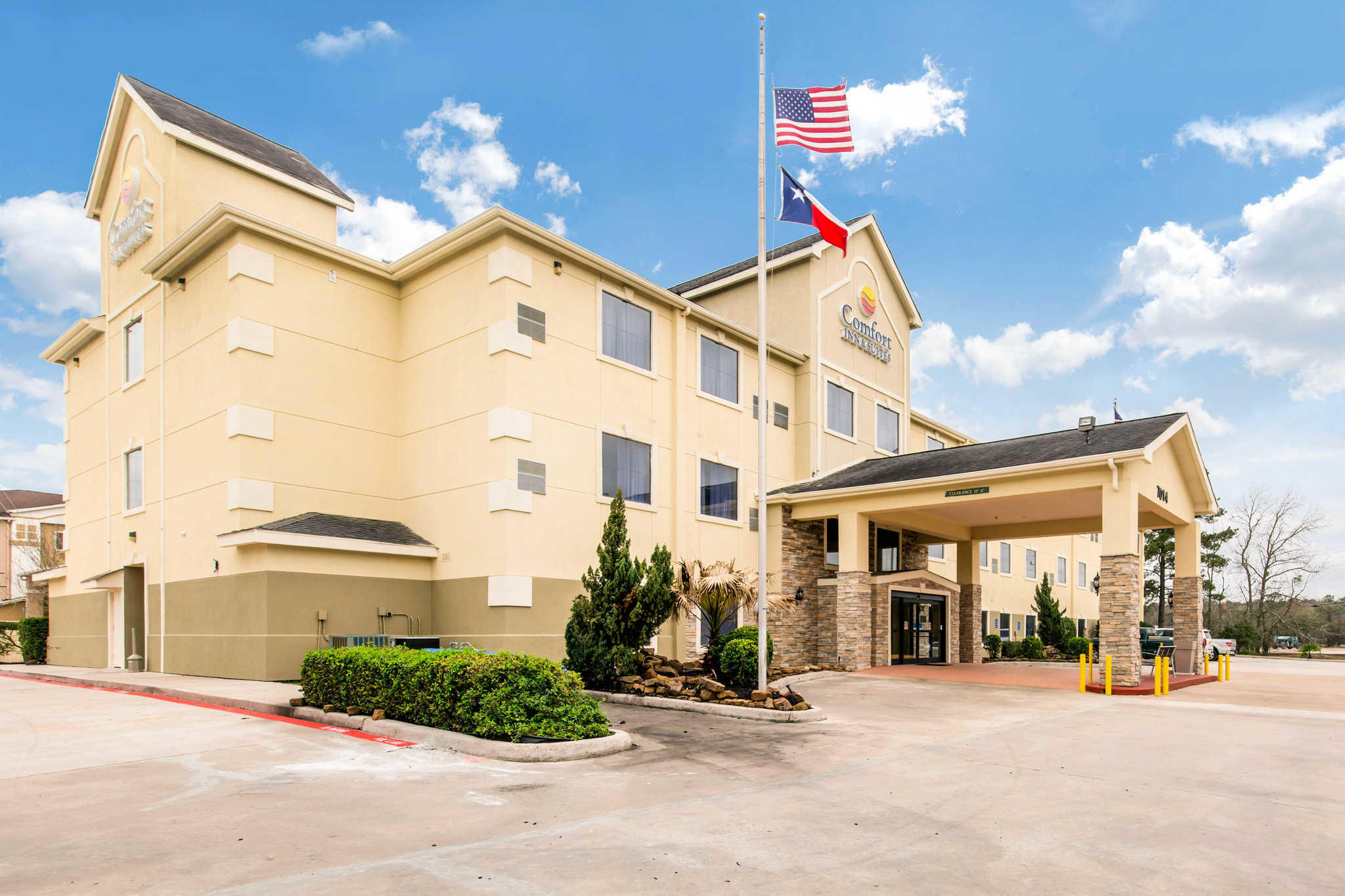 Comfort Inn Amp Suites Iah Bush Airport East Humble Texas