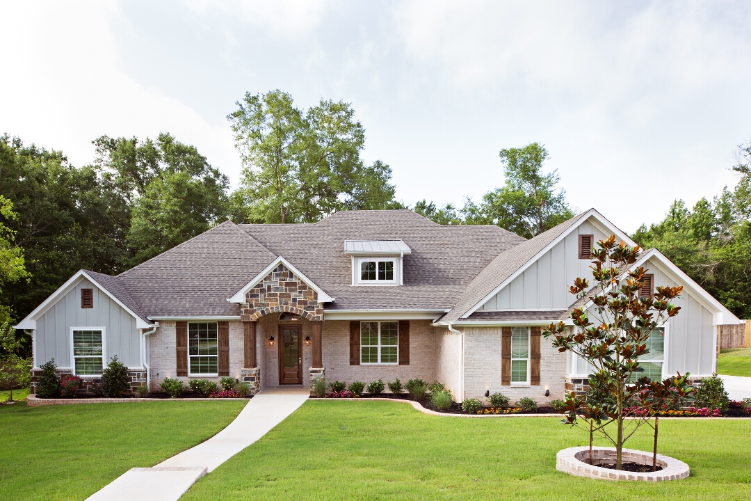 Chase homes in tyler tx 75703 for Home builders in tyler tx
