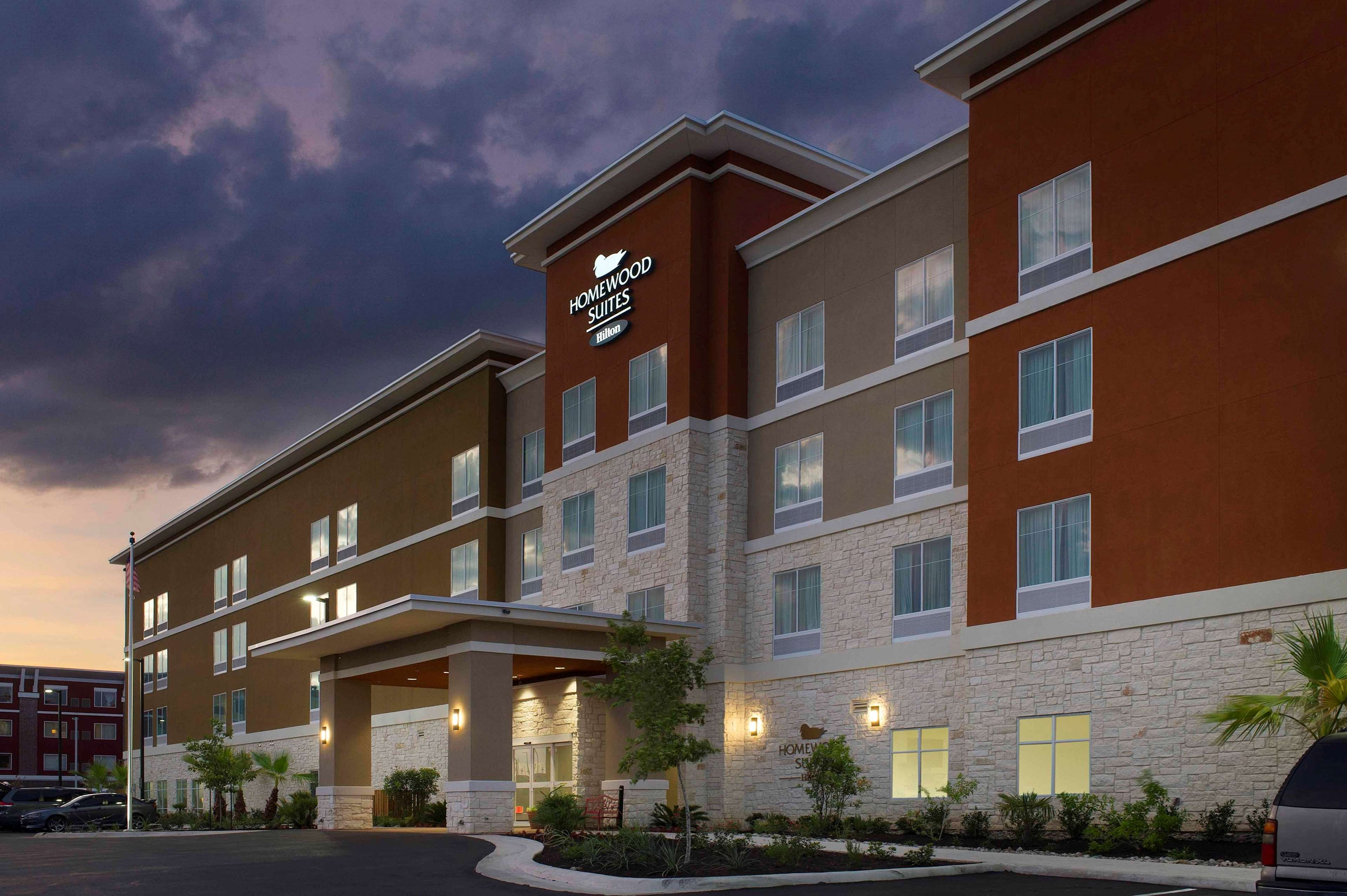 Hotels On Broadway Street In San Antonio Texas