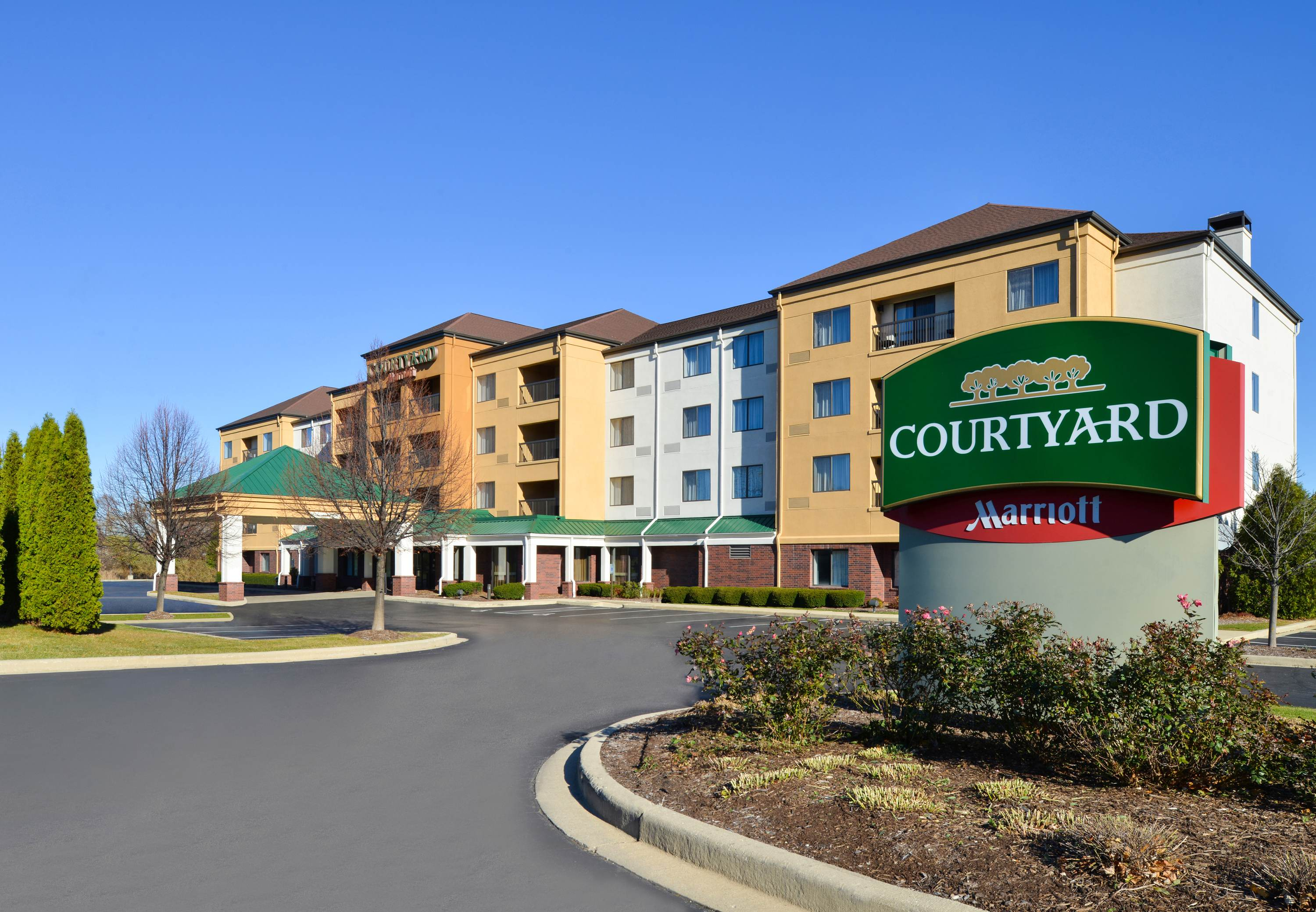 Courtyard By Marriott Milwaukee North Brown Deer Brown