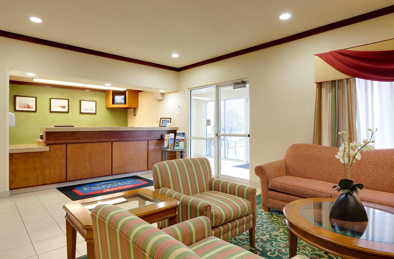 fairfield inn suites valparaiso in valparaiso in 46383. Black Bedroom Furniture Sets. Home Design Ideas