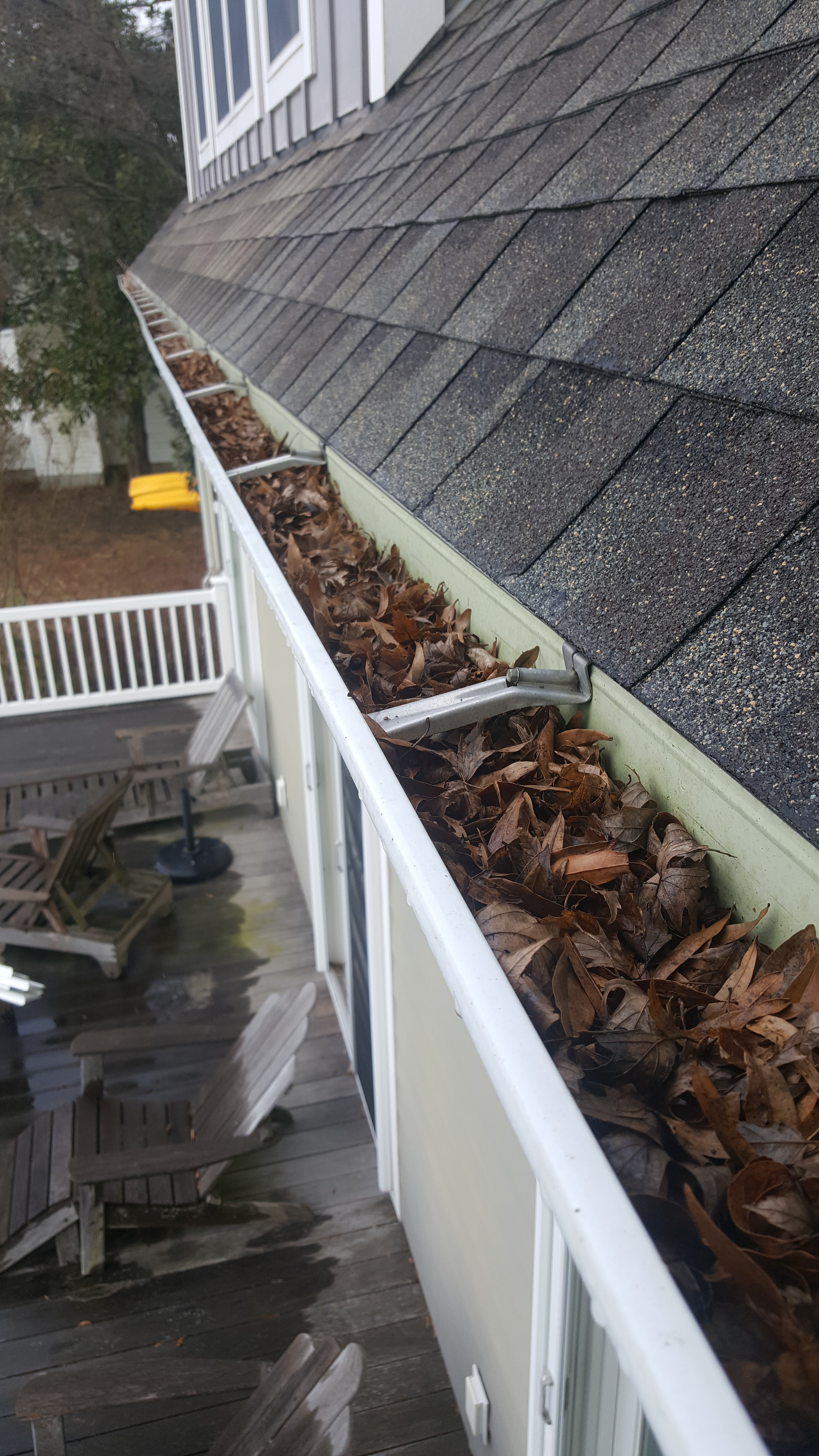 Great ameican gutters painting in baltimore md 21236 for Painting aluminum gutters