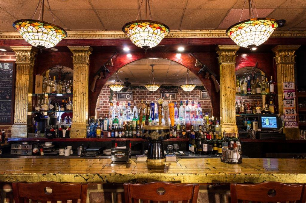 Capone's Pizzeria & Prohibition Pub