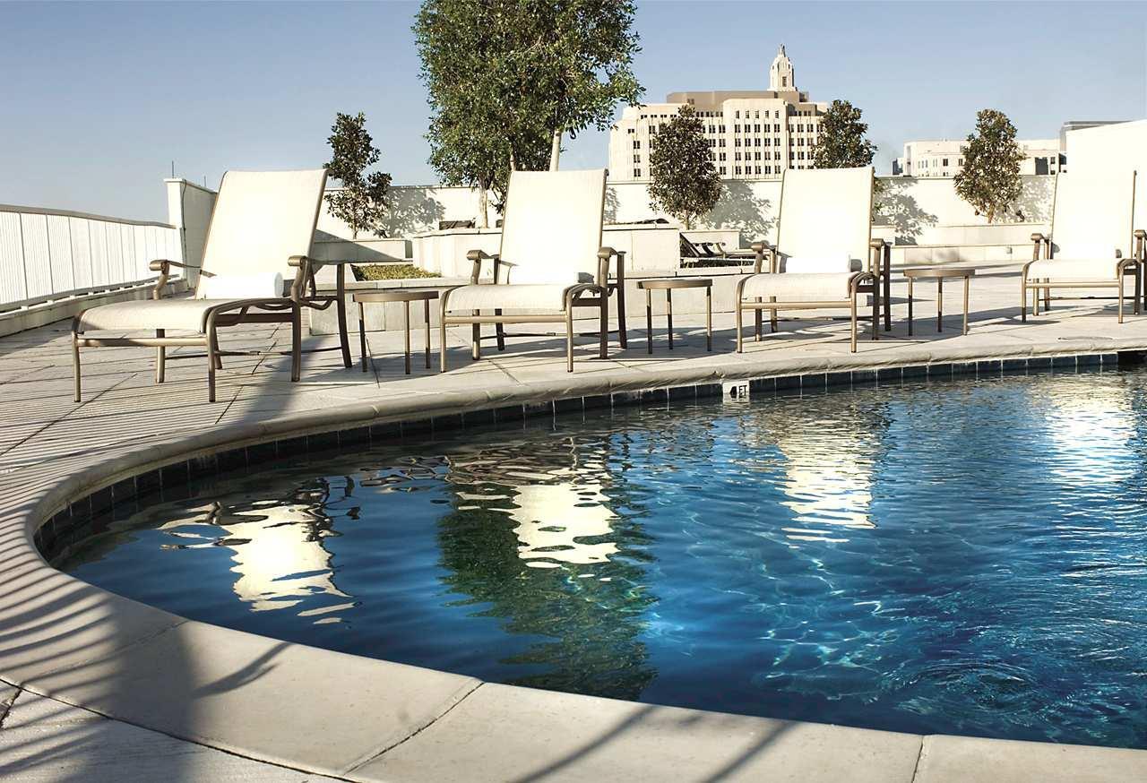 Hotels Baton Rouge La Near River Center