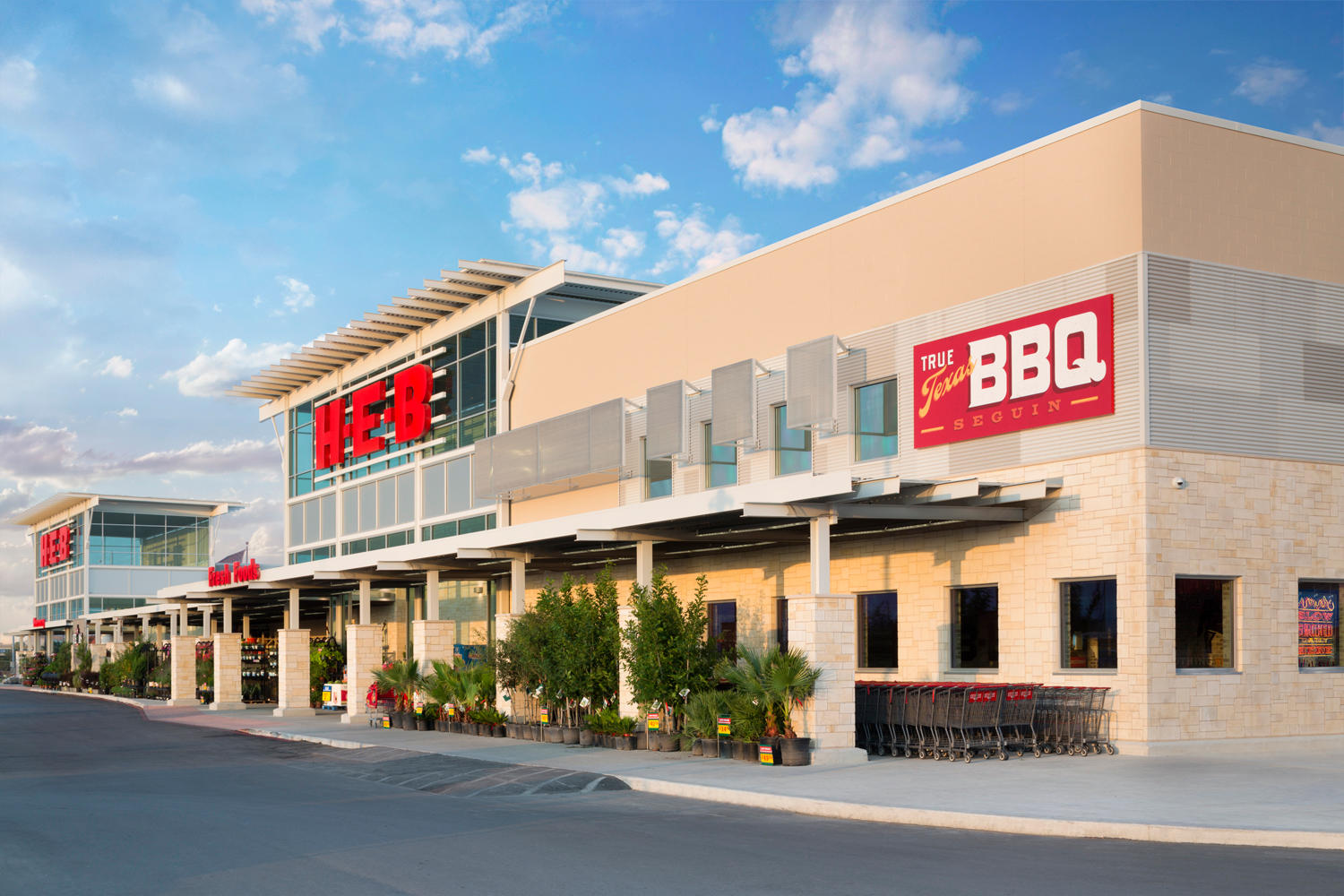 Seguin H-E-B & True Texas BBQ
