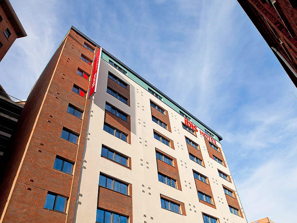 Hotel ibis Belfast City Centre - Belfast, County Antrim BT1 1HF - 02890 238888 | ShowMeLocal.com