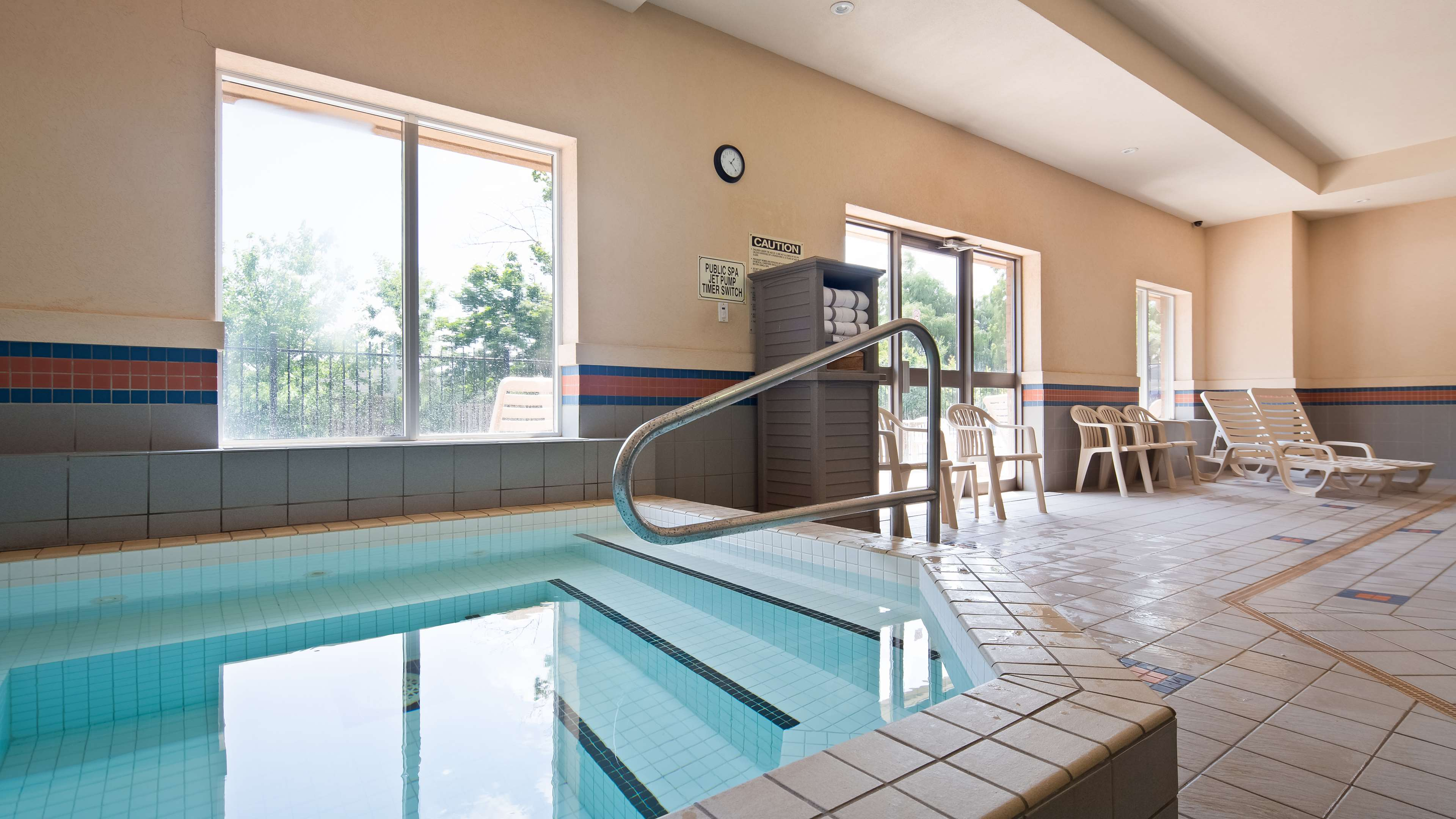 Indoor Pool Best Western Plus Burlington Inn & Suites Burlington (905)639-2700