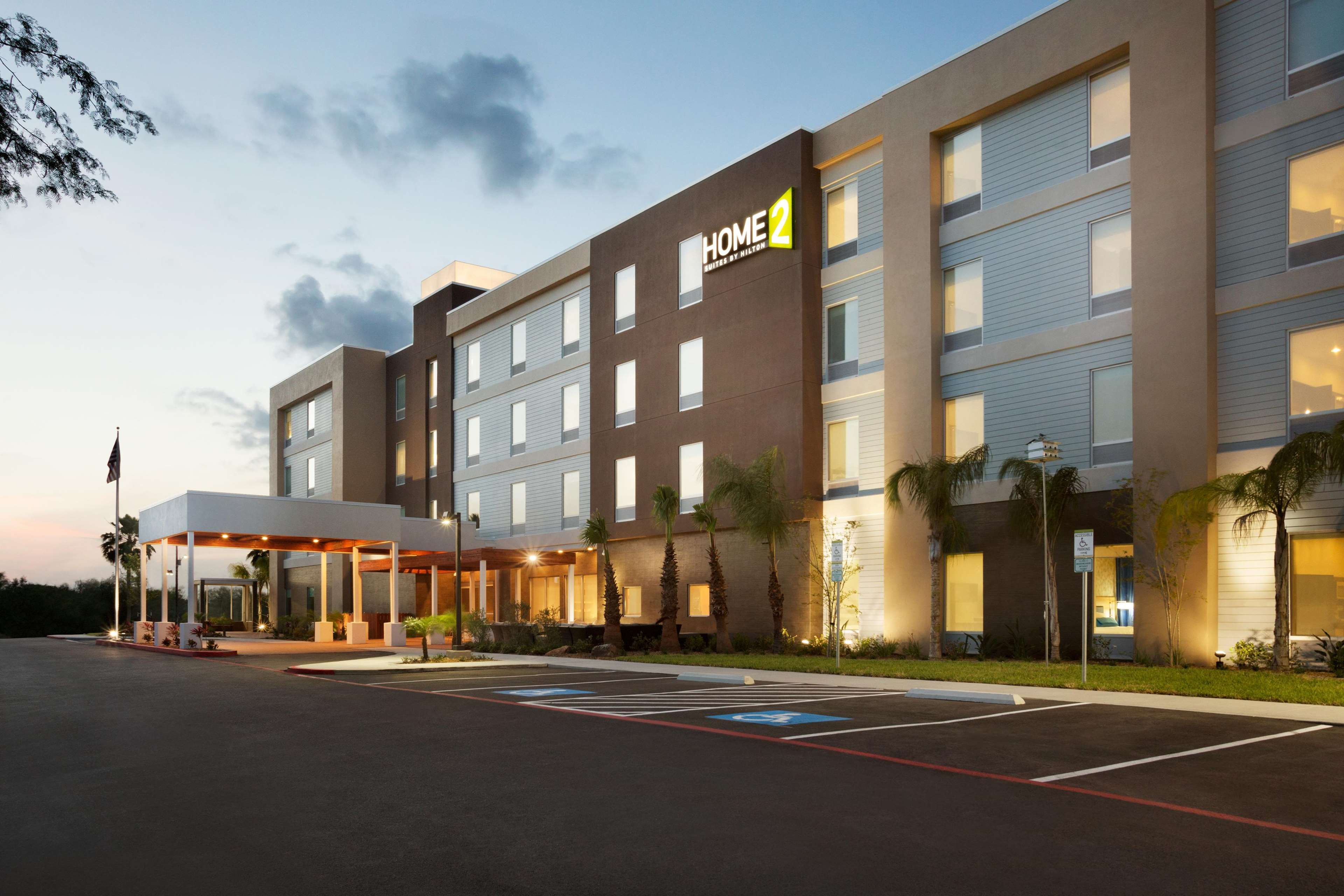 Extended Stay Hotel in TX McAllen 78501 Home2 Suites by Hilton McAllen 525 South Ware Road  (956)391-2964