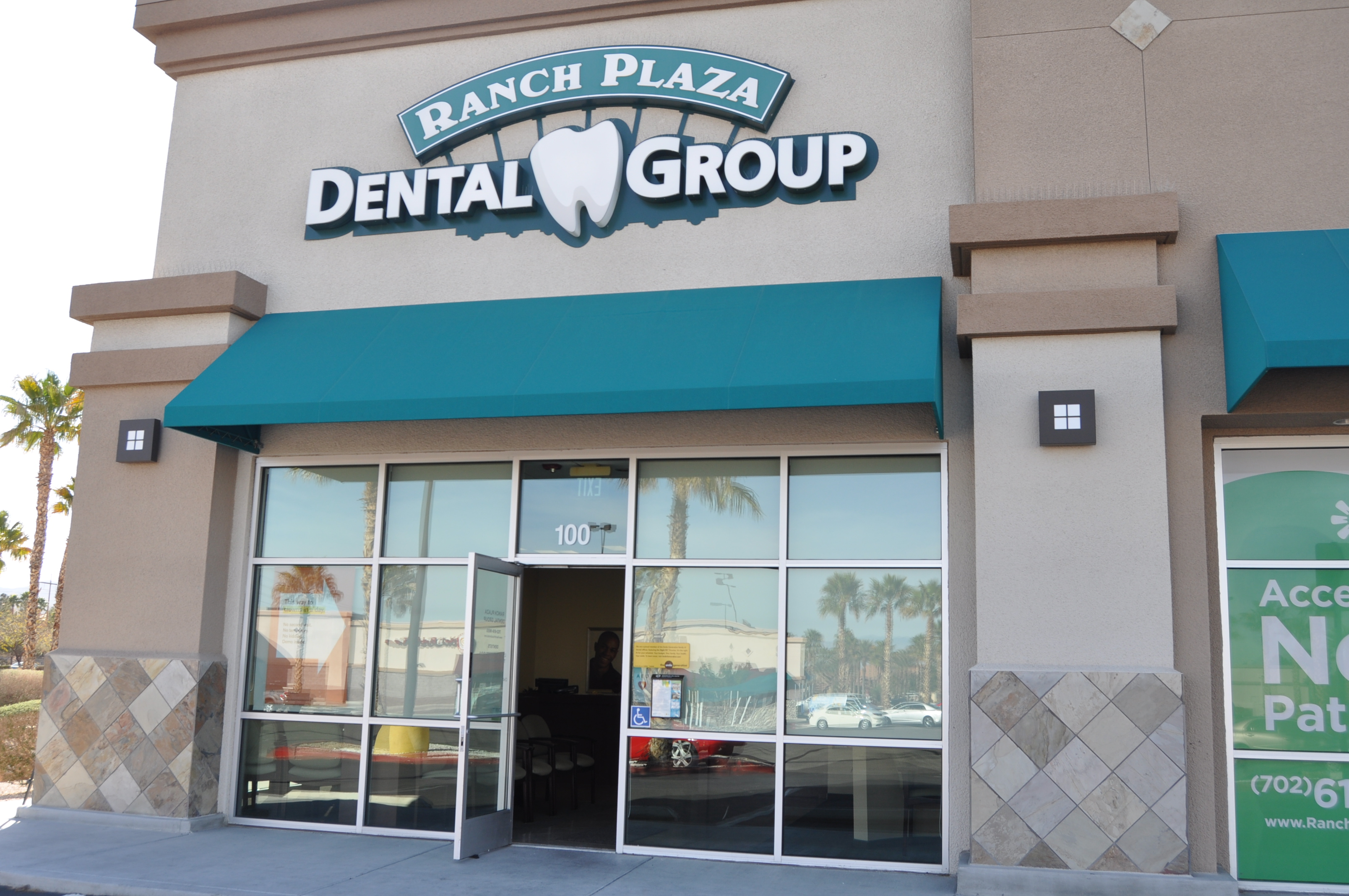 Ranch Plaza Dental Group - Las Vegas, NV - Looking for a family dentist in Las Vegas, NV? You have come to the right spot!