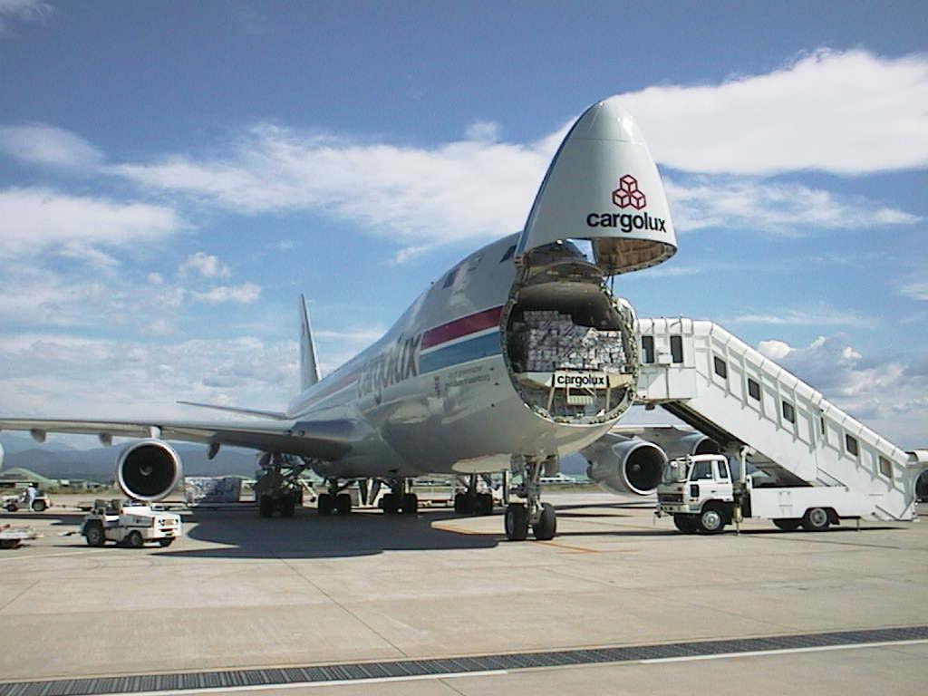 Air Freight Ashlyn Logistics, LLC - Florida Landstar Agency Miami (305)882-9199