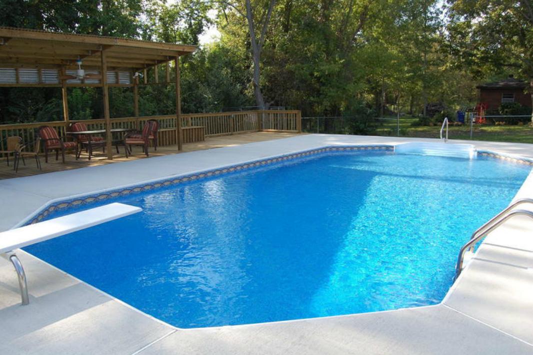 Sun pool company in millbrook al 36054 for Pool companies