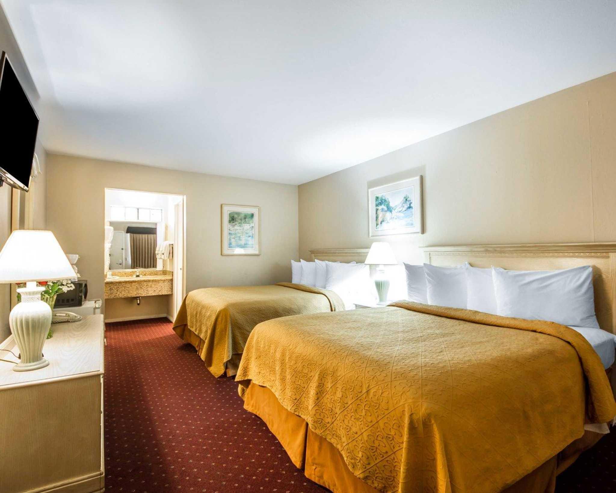 Hotels Near Me Monterey Ca