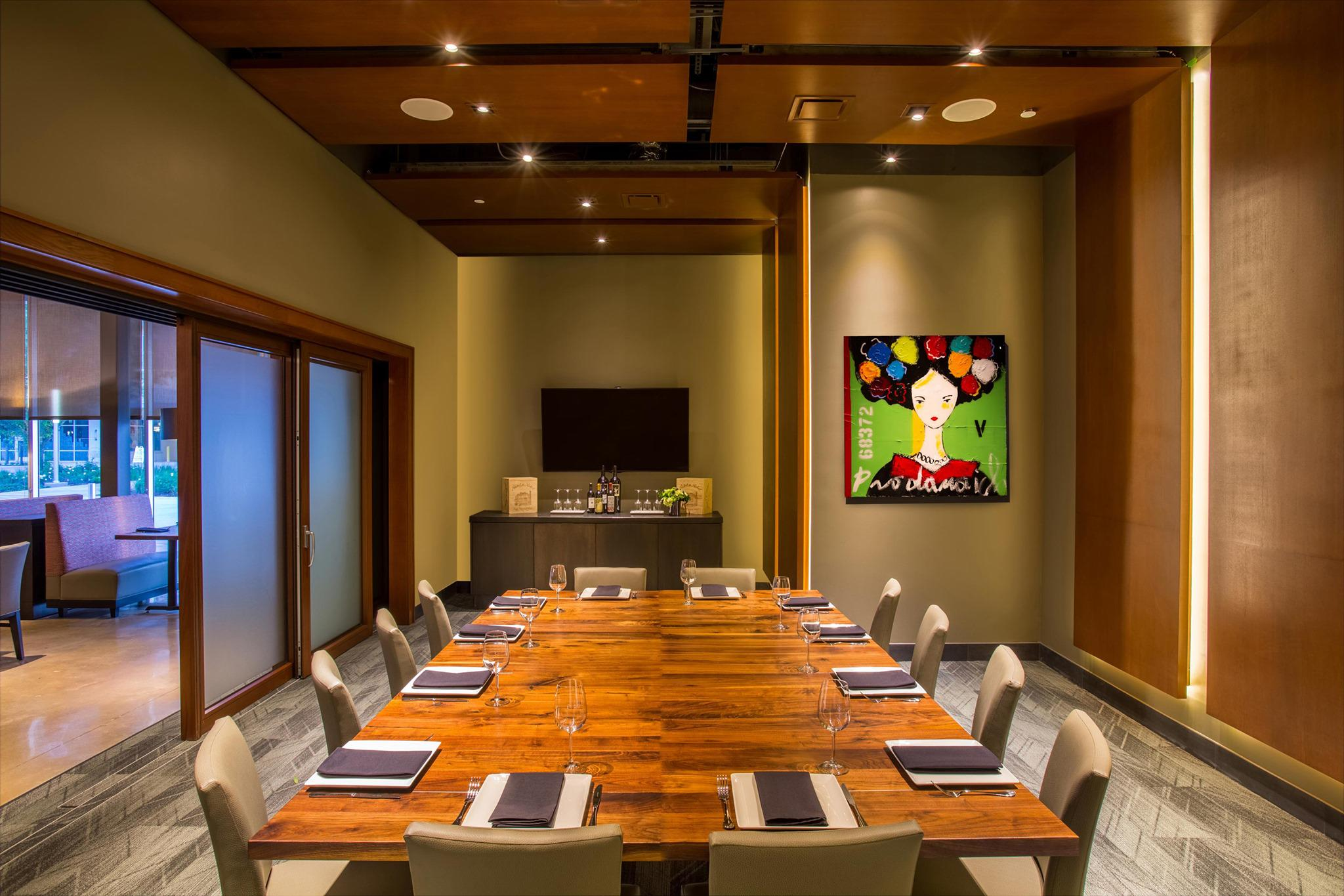 Del Frisco's Grille The Woodlands Executive Room group dining room