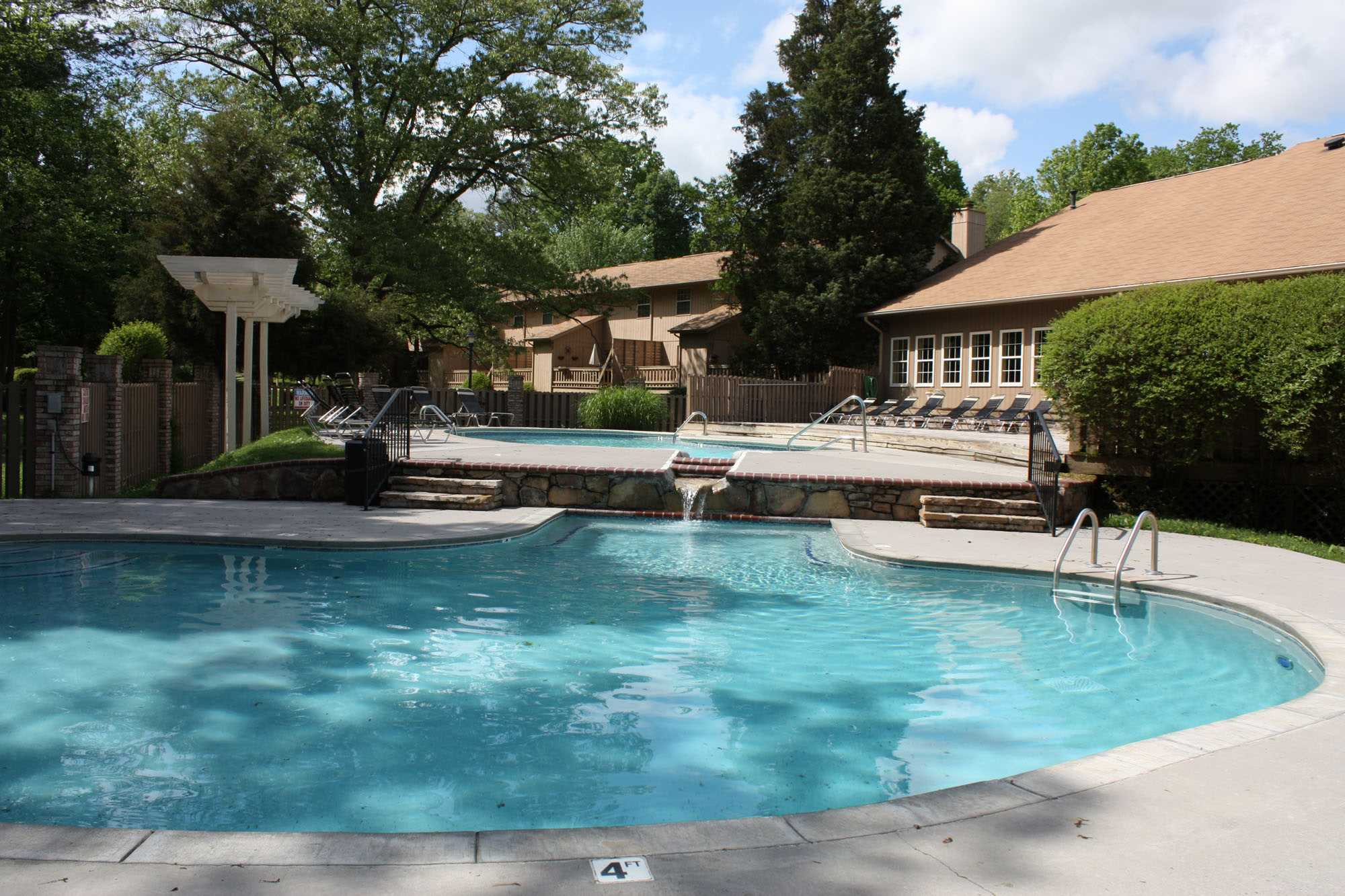Lake Terrace Apartments Knoxville