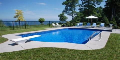 Pettis pools patio in east rochester ny 14445 for Pool design rochester ny