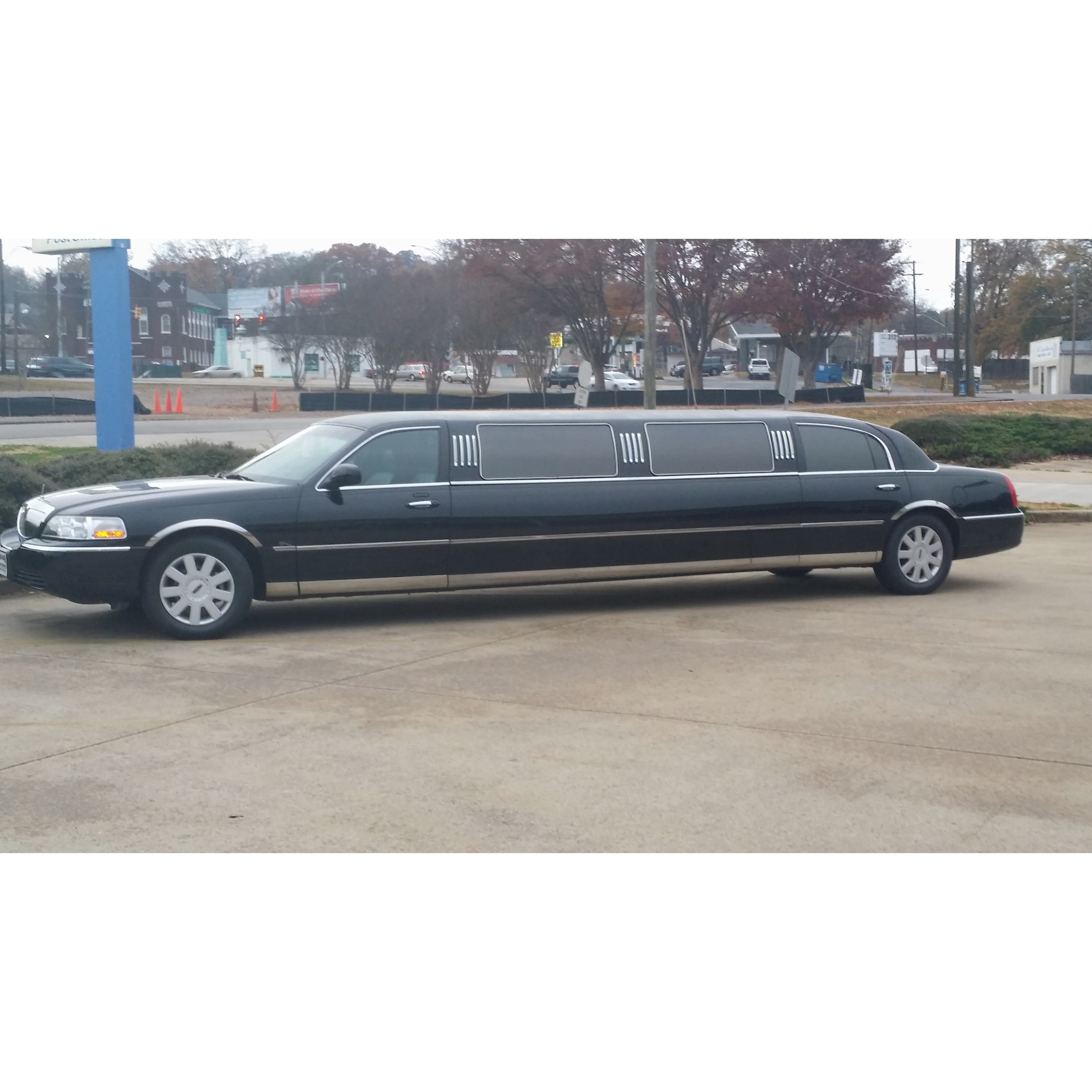 Burkes Brothers Classic Limousine Service