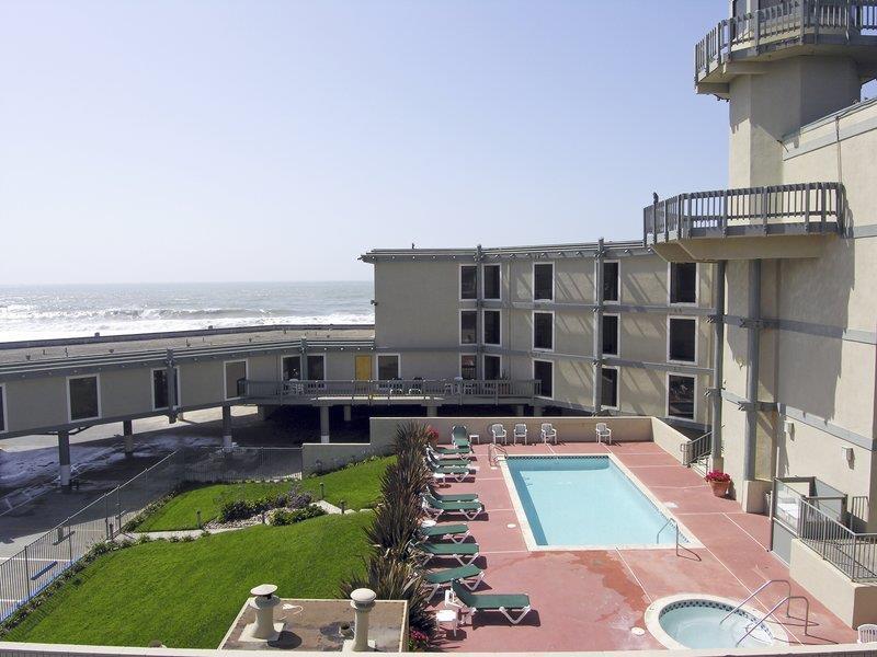 Best Western Plus Lighthouse Hotel 105 Rockaway Beach Ave Pacifica