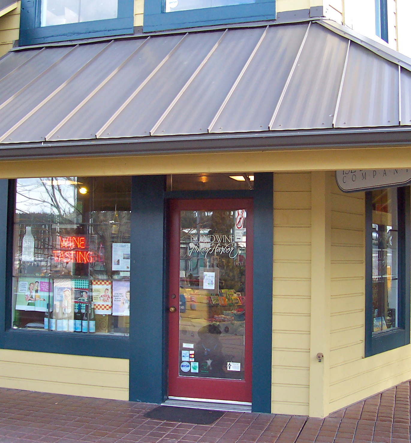 Friday harbor clothing stores