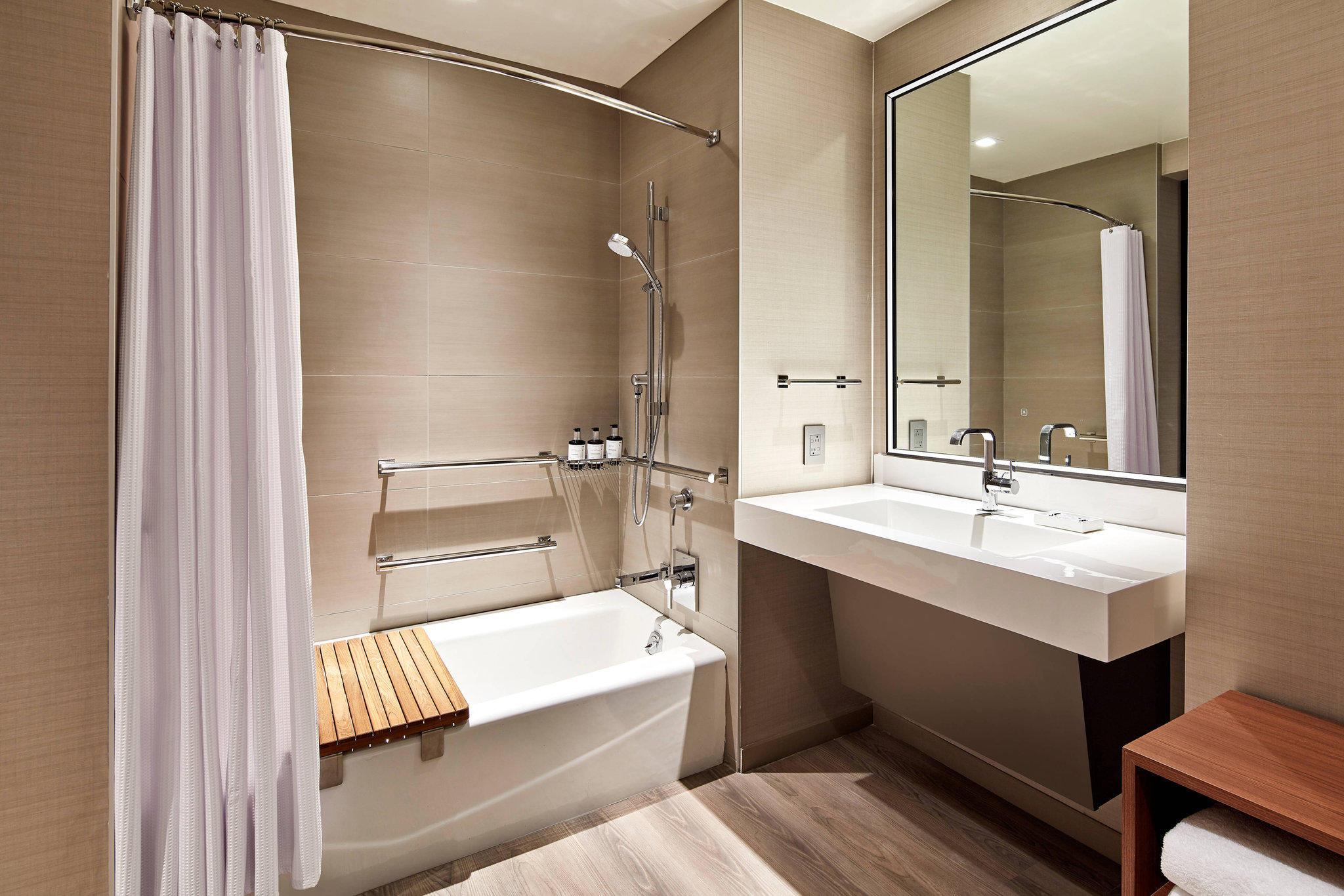 AC Hotel by Marriott San Jose Santa Clara