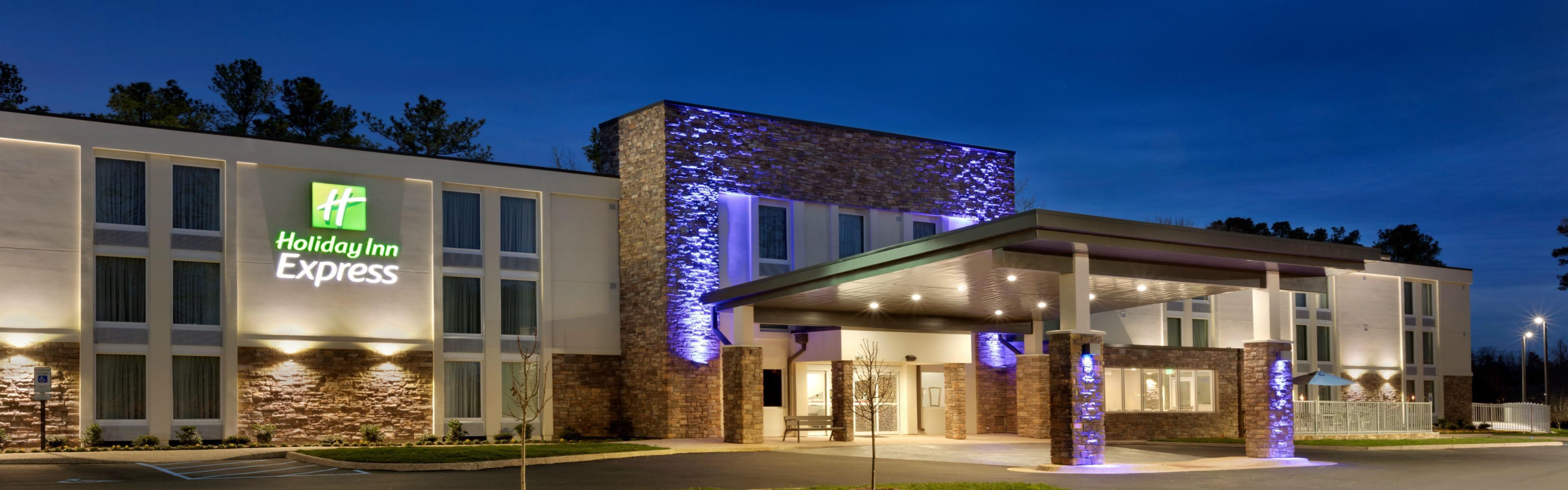 Best Hotels Near Busch Gardens Va