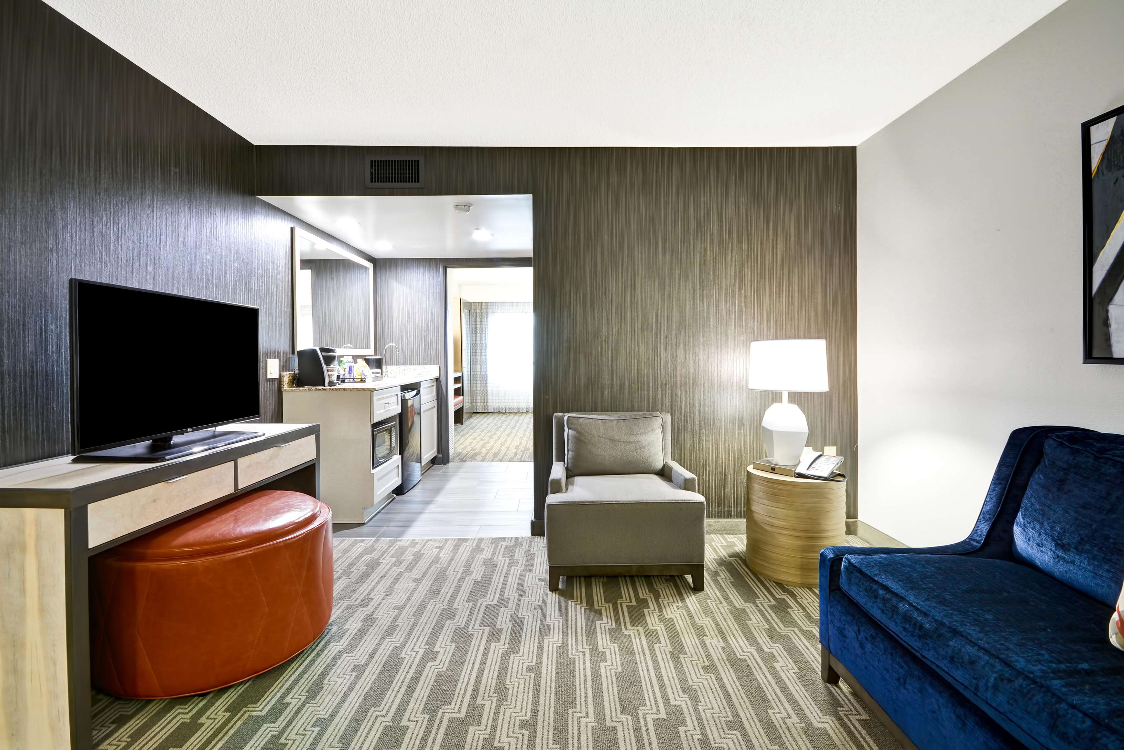 Age To Rent Hotel Room In Nc
