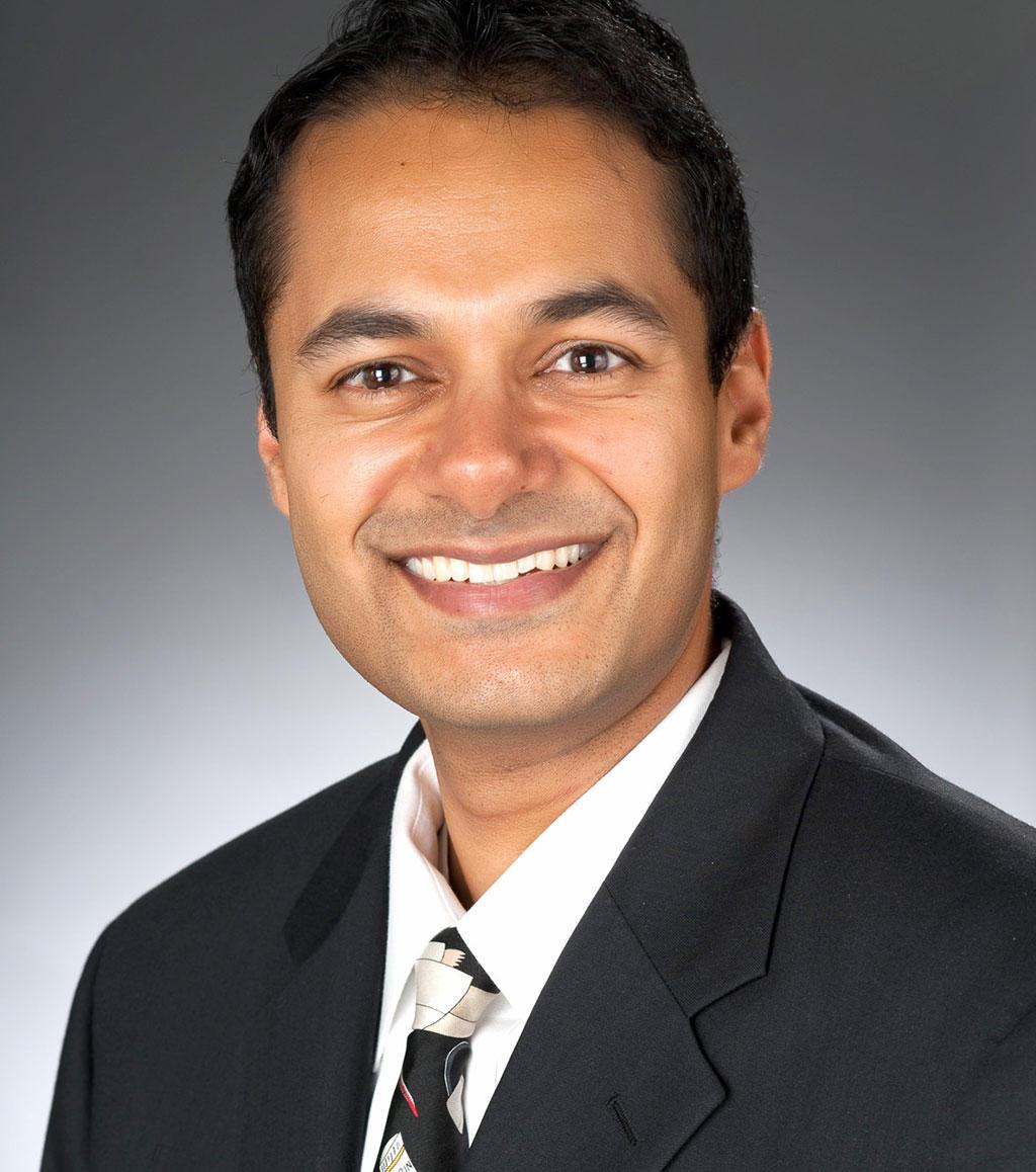 Headshot of Karthik Srinivasan