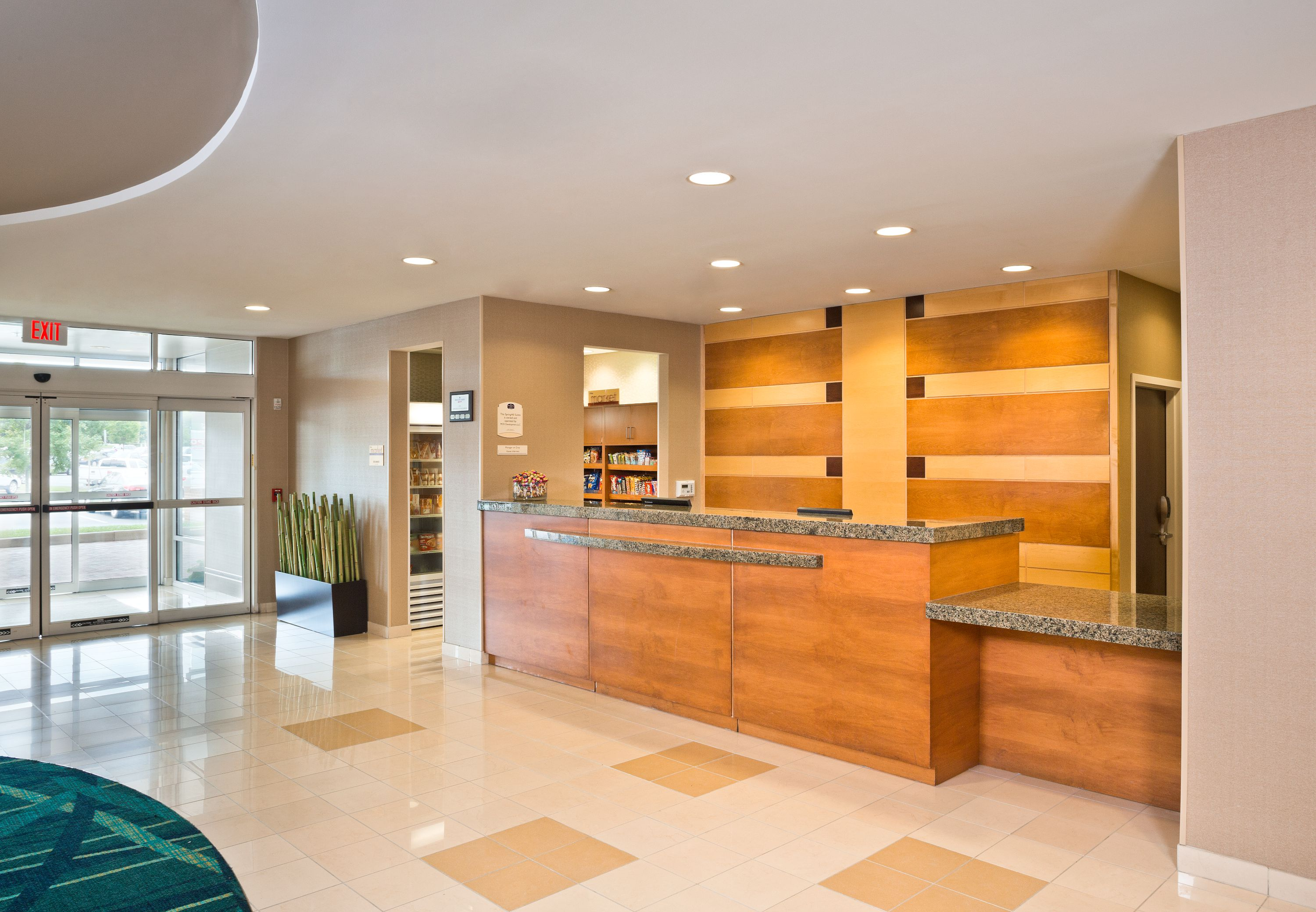 Book the SpringHill Suites by Marriott Arundel Mills BWI Airport - Situated near the airport, this hotel is within 1 mi (2 km) of Arundel Mills Mall and Maryland Live Casino. M&T Bank Stadium and Oriole Park at Camden Yards are also within 12 mi (20 km)/5().