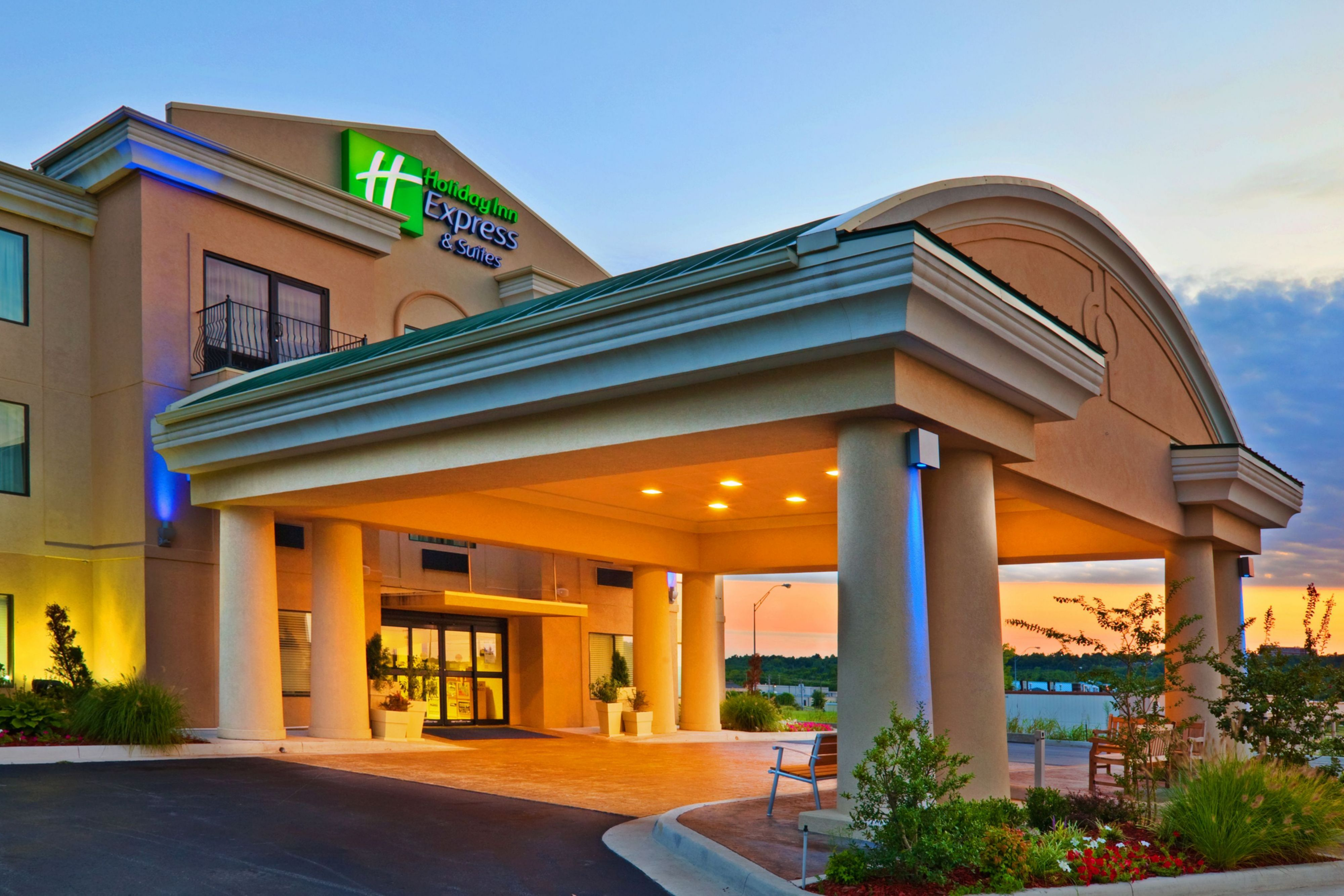 Holiday Inn Express Amp Suites Murrell S Inlet Myrtle Beach
